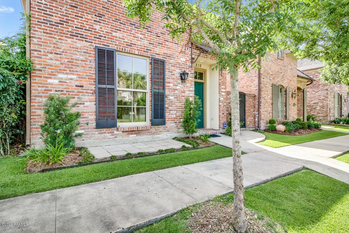 210 Elysian Fields Drive, Lafayette, LA 70508 Photo #2