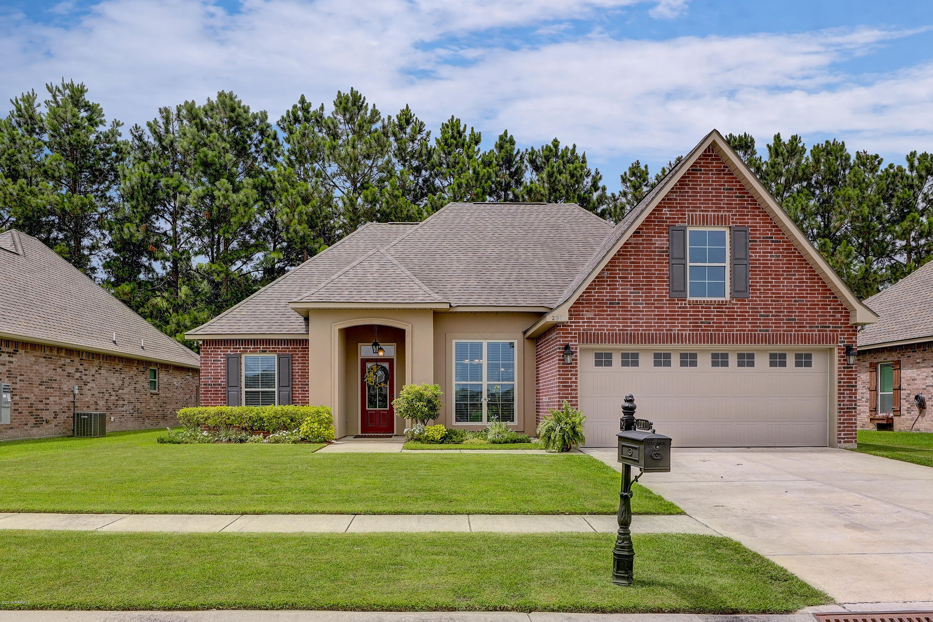 207 Woodhaven Road, Youngsville, LA 70592
