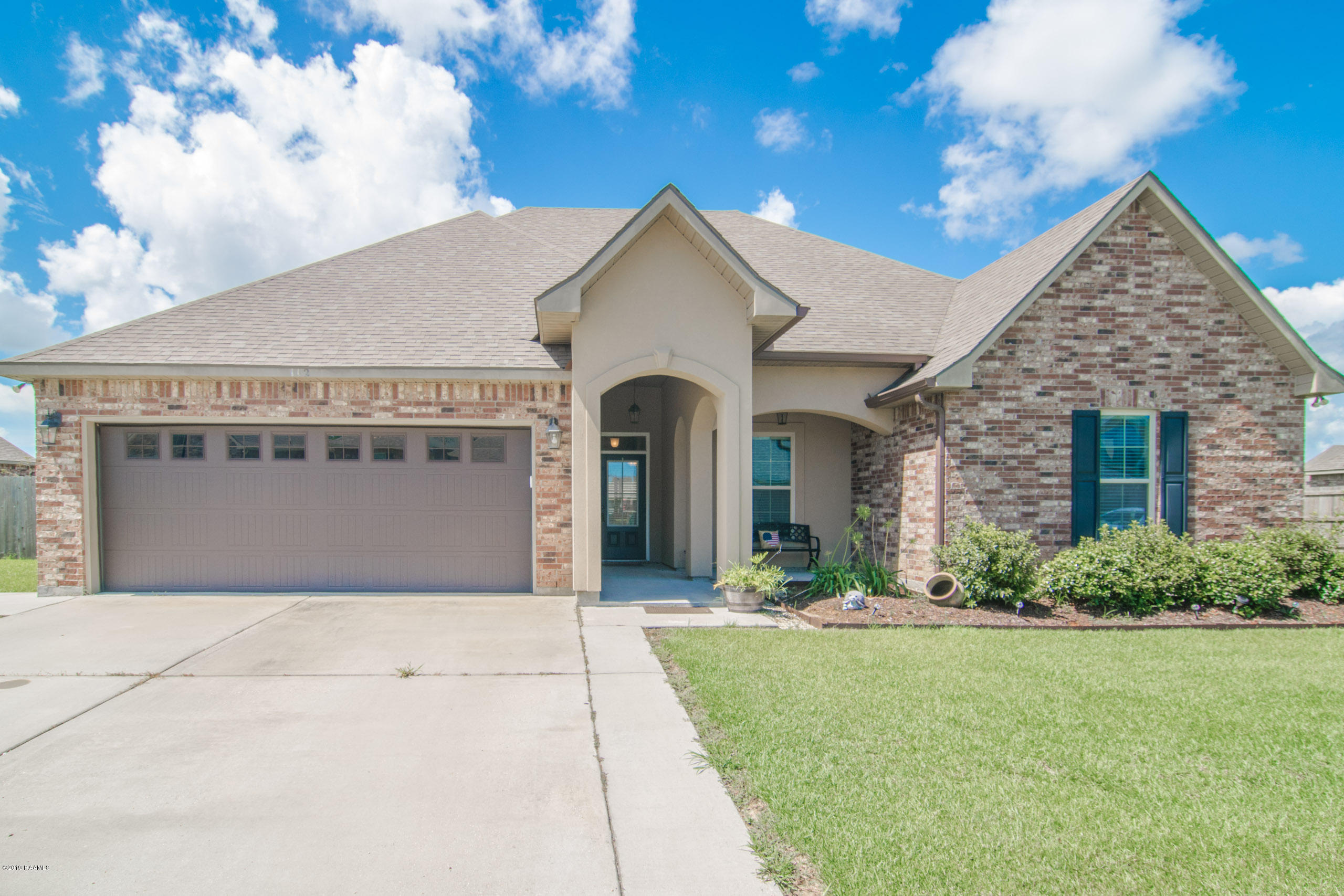 112 Sapphire Springs Road, Youngsville, LA 70592