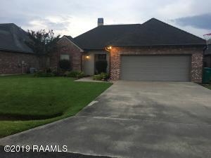 205 Tall Oaks Lane, Youngsville, LA 70592