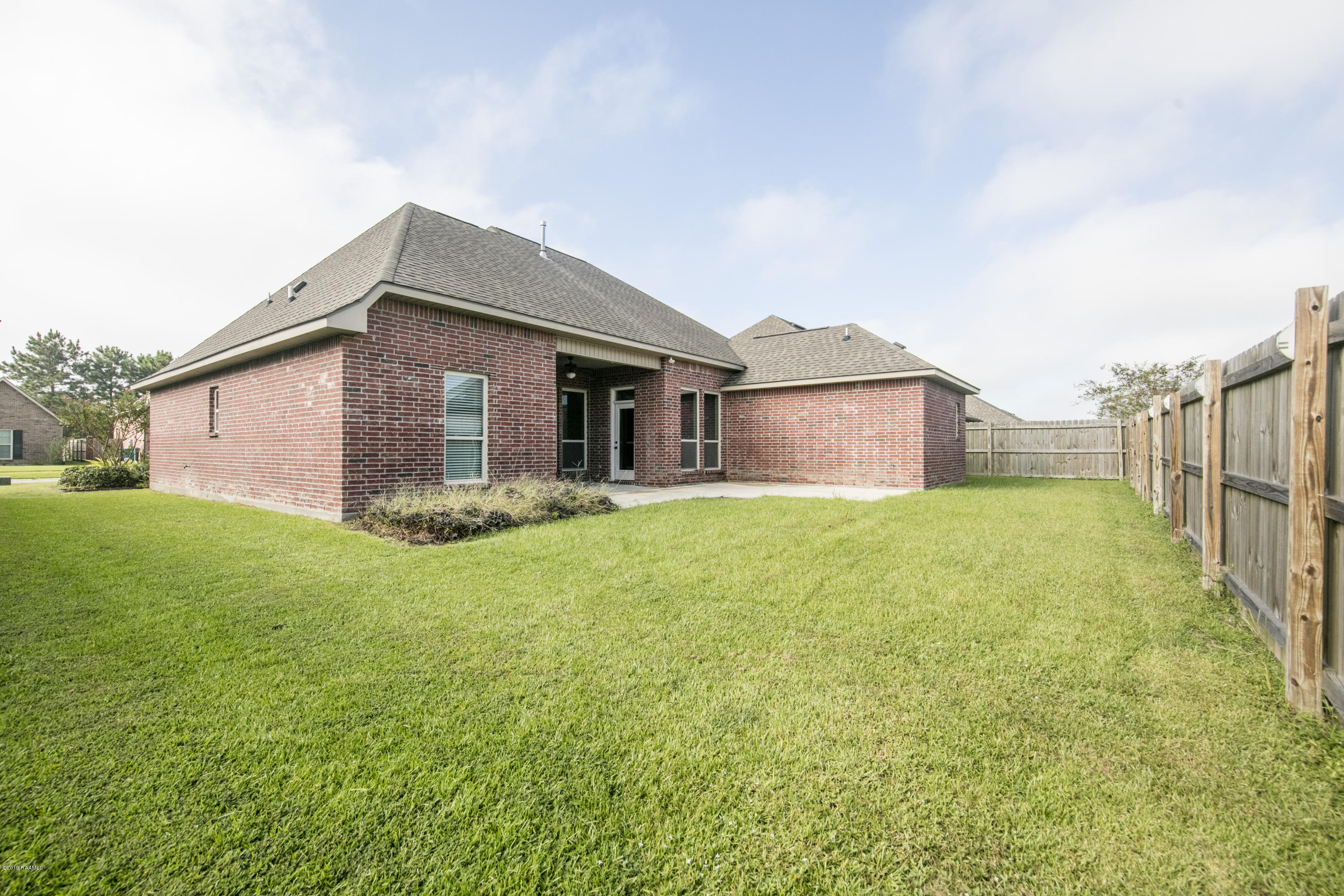214 Woodhaven Road, Youngsville, LA 70592 Photo #9