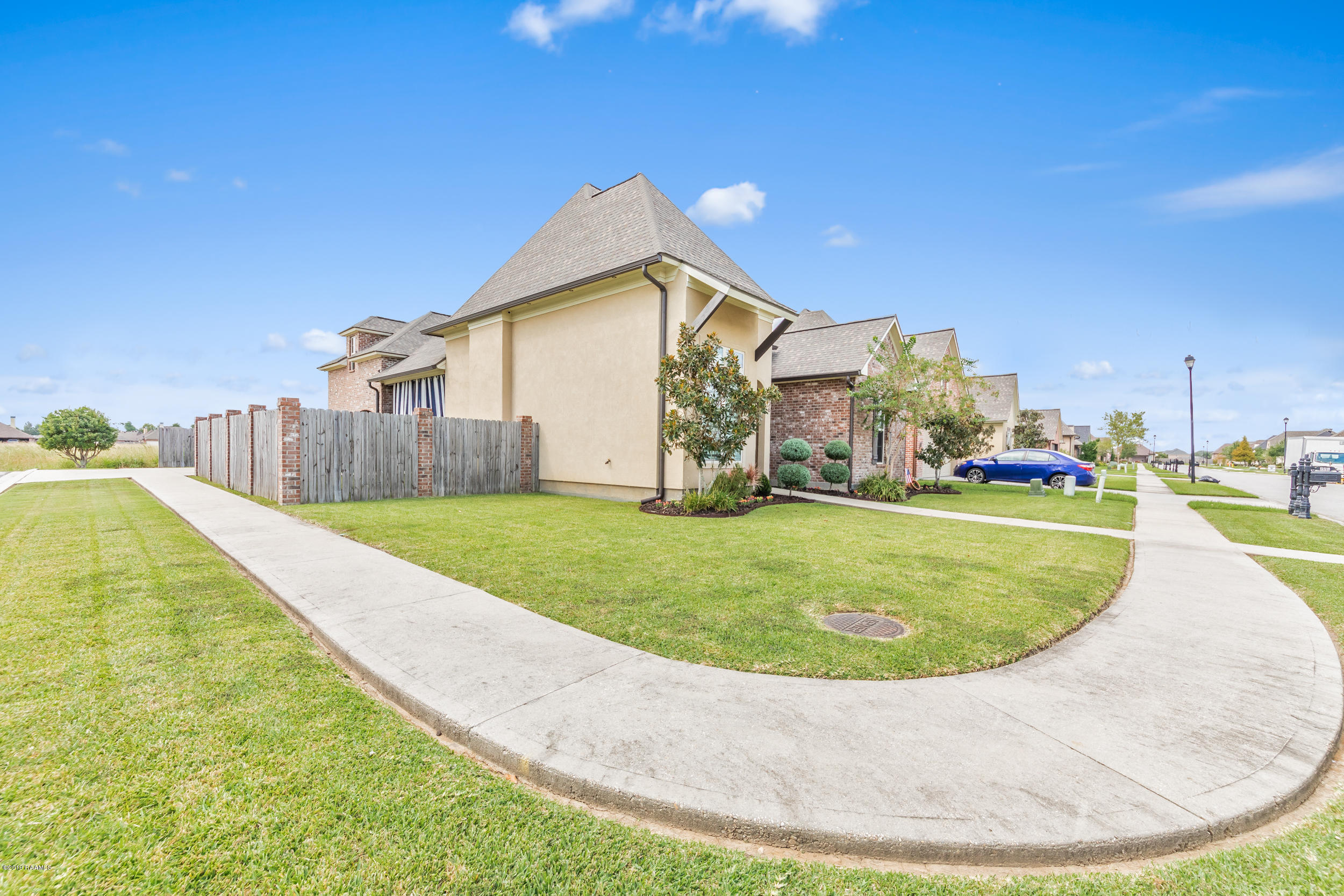 226 Bayou Parc Drive, Youngsville, LA 70592 Photo #4
