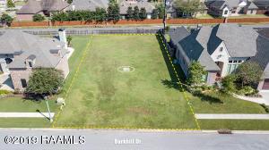 105 Barkhill Drive, Lafayette, LA 70508