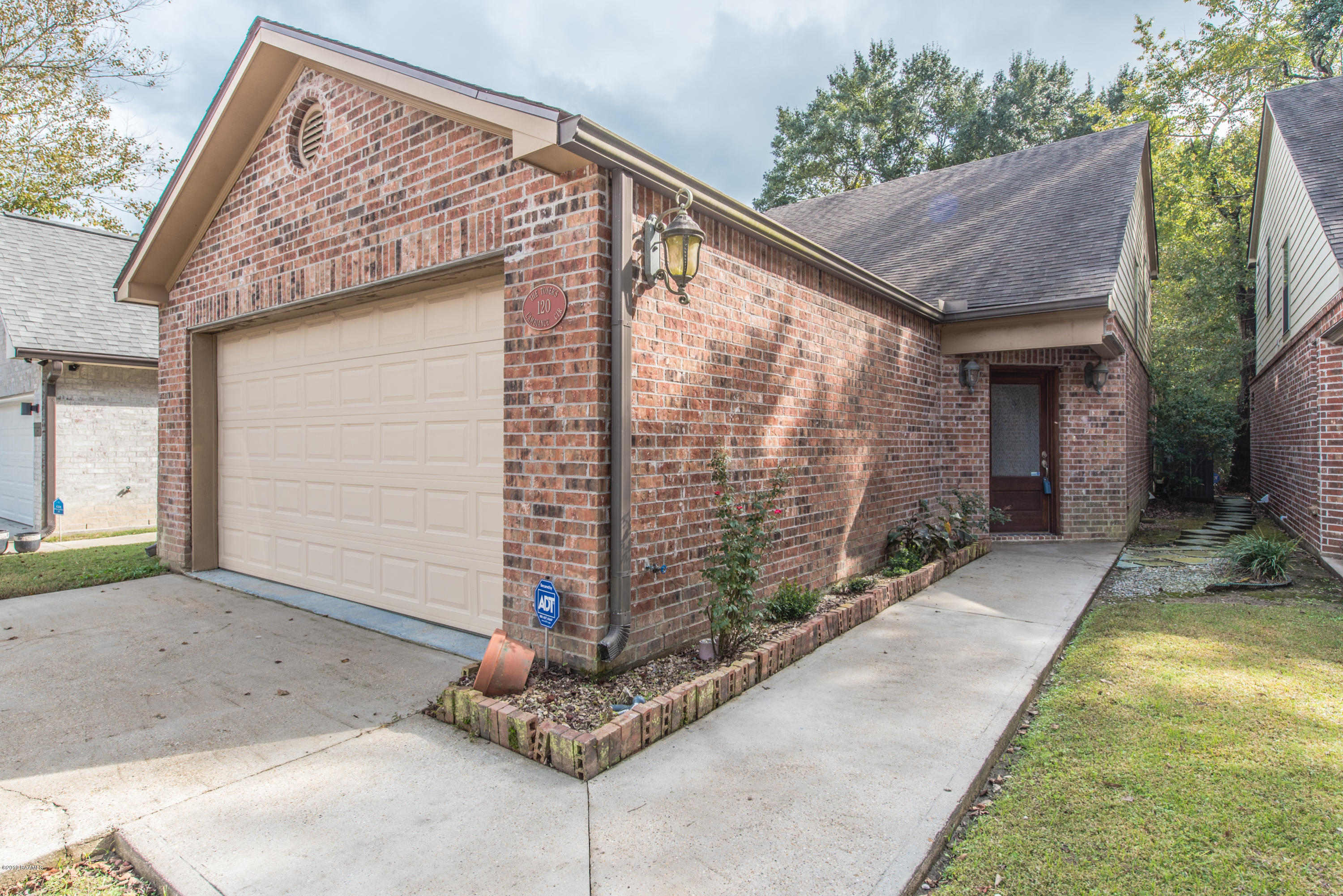 120 Ambiance Circle, Lafayette, LA 70508 Photo #1