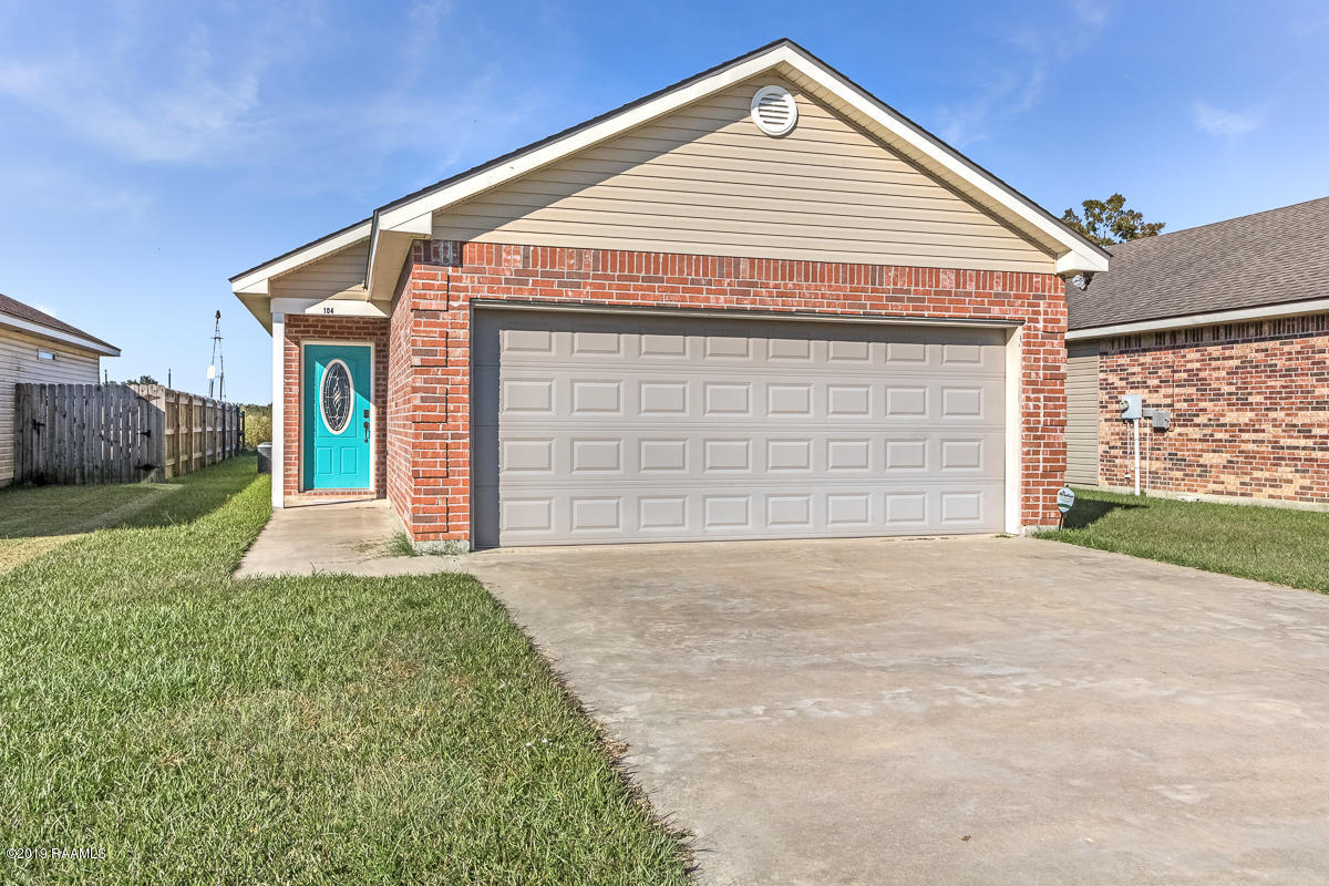 104 Bottle Brush Lane, Carencro, LA 70520