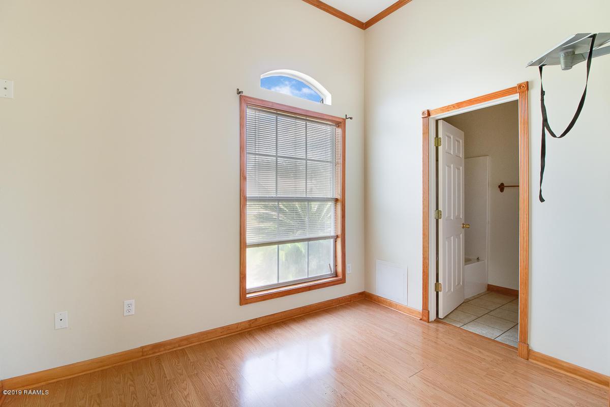 1007 Pecan Ridge Drive, St. Martinville, LA 70582 Photo #10