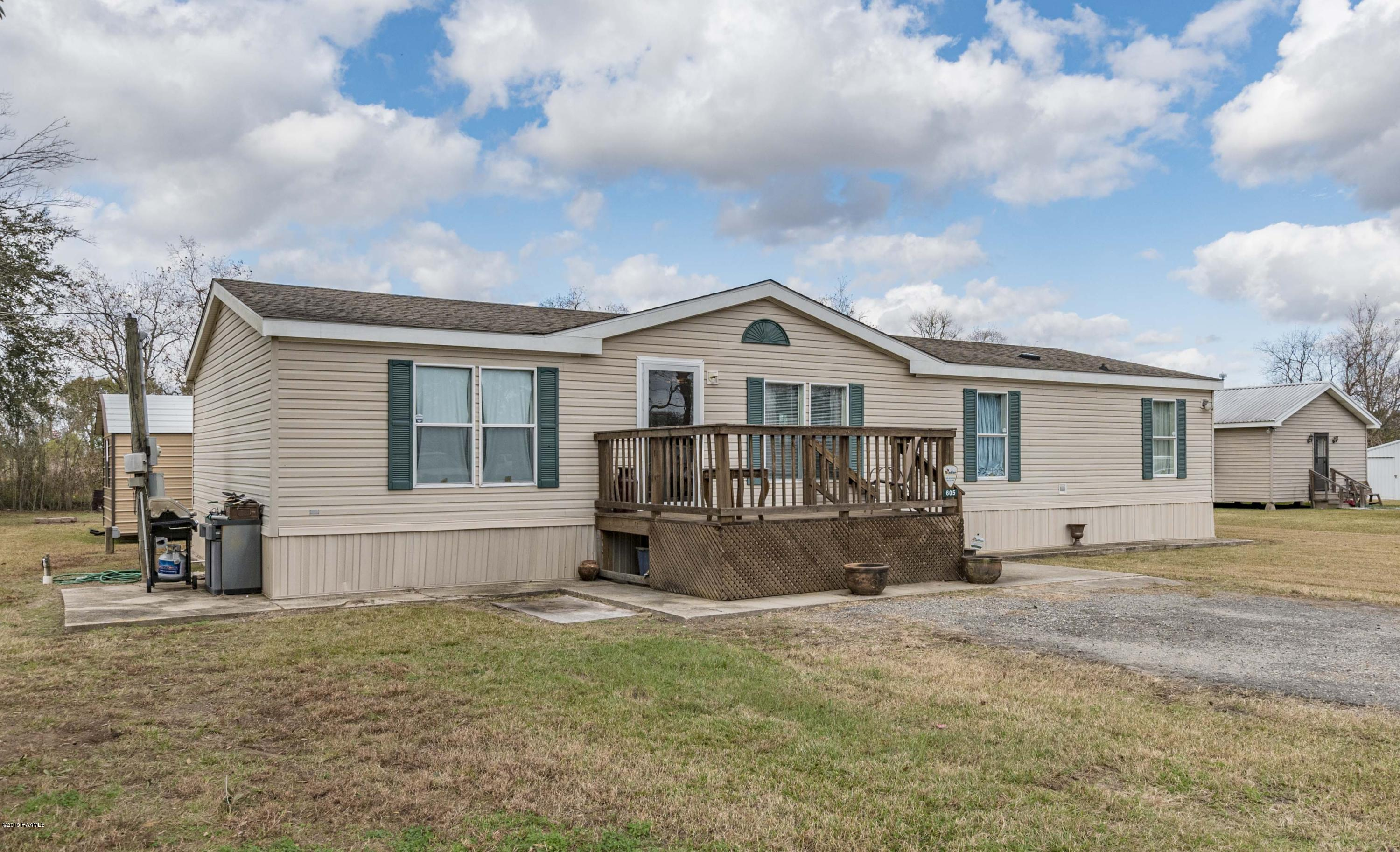 605 Parkway Drive, Breaux Bridge, LA 70517 Photo #2