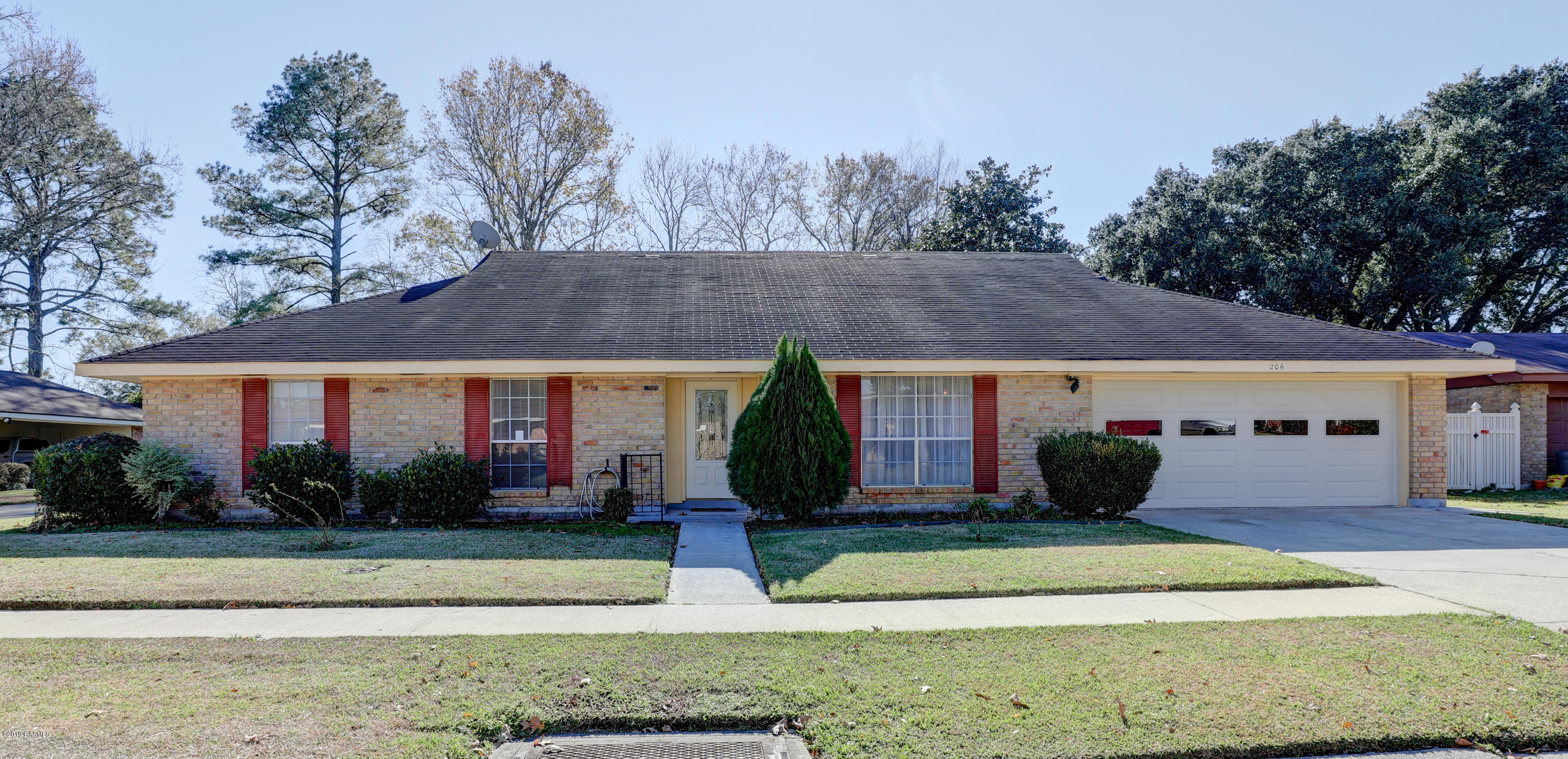 206 Persimmon Place, Lafayette, LA 70507 Photo #1