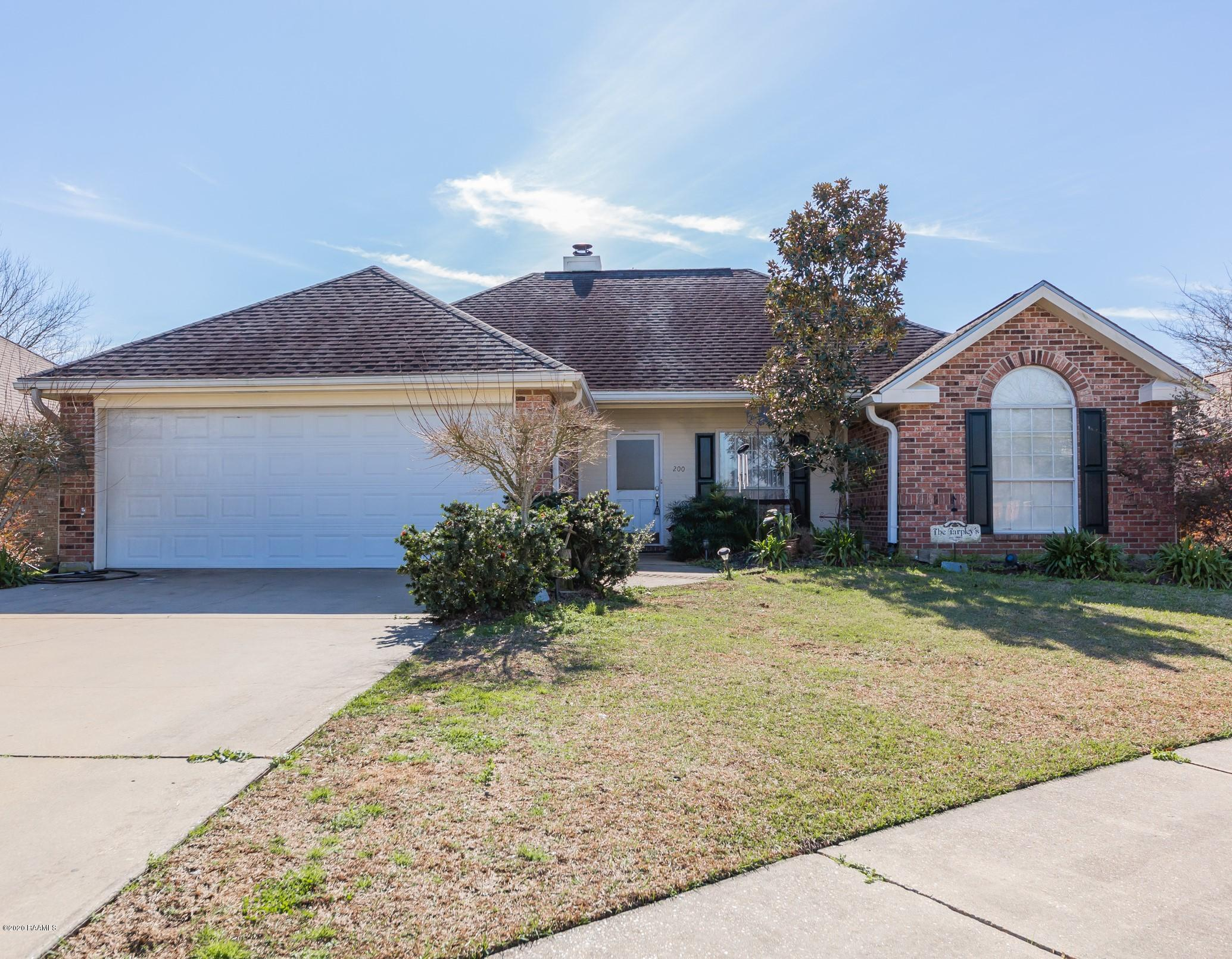 200 Wallingsford Circle, Youngsville, LA 70592