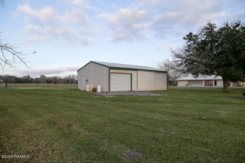 1828 Robert Road, Erath, LA 70533 Photo #2
