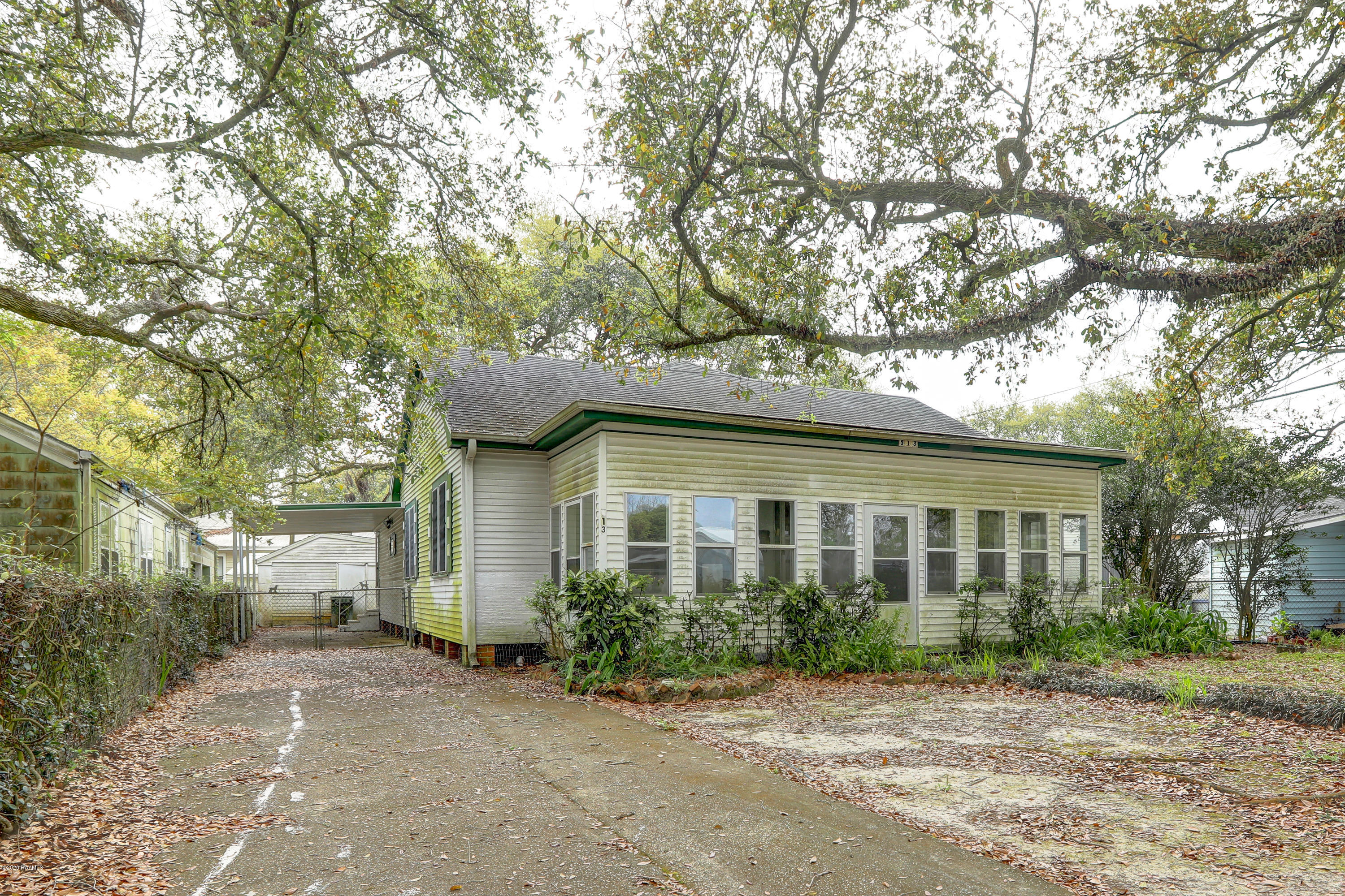 513 Broussard Street, New Iberia, LA 70560 Photo #4
