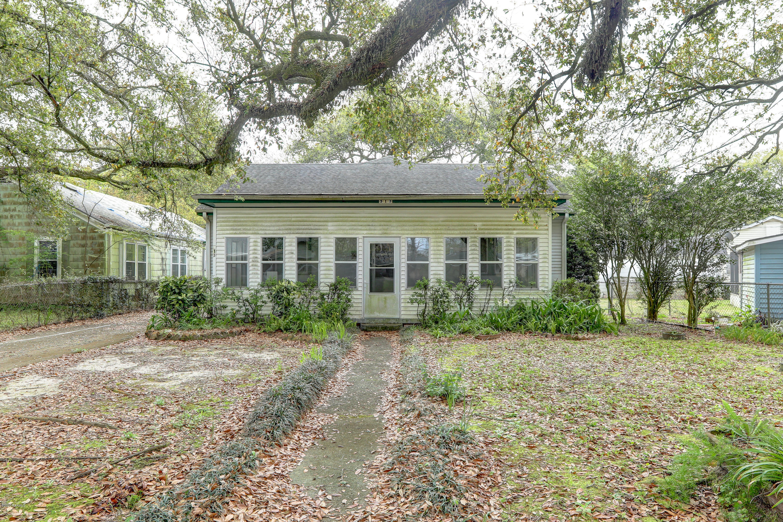 513 Broussard Street, New Iberia, LA 70560 Photo #1