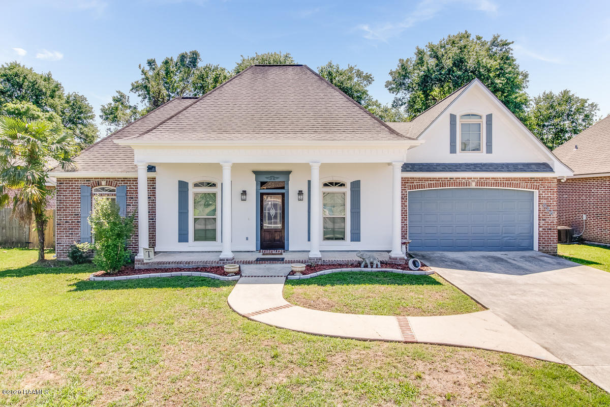 626 Beacon Drive, Youngsville, LA 70592
