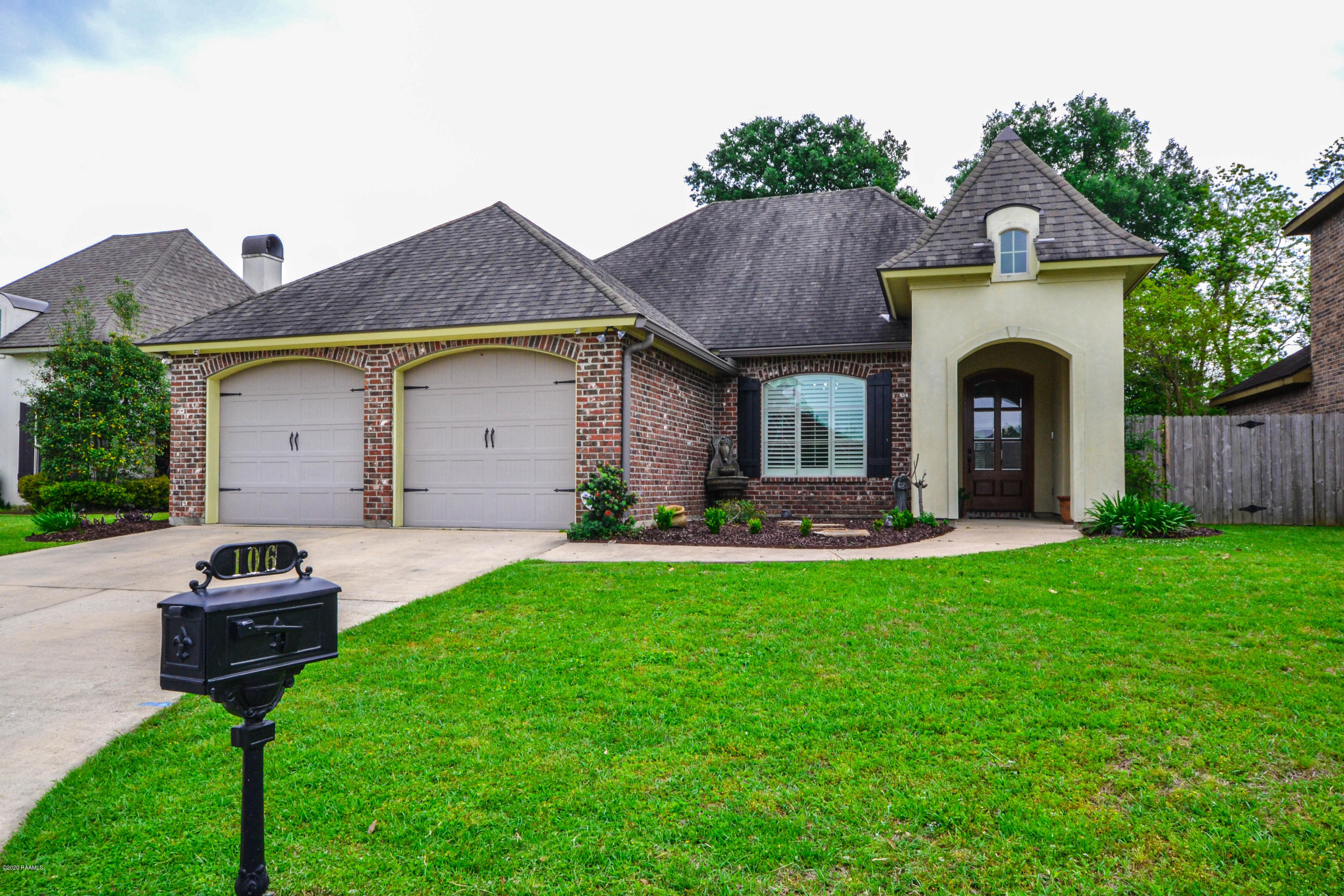 106 La Villa Circle, Youngsville, LA 70592