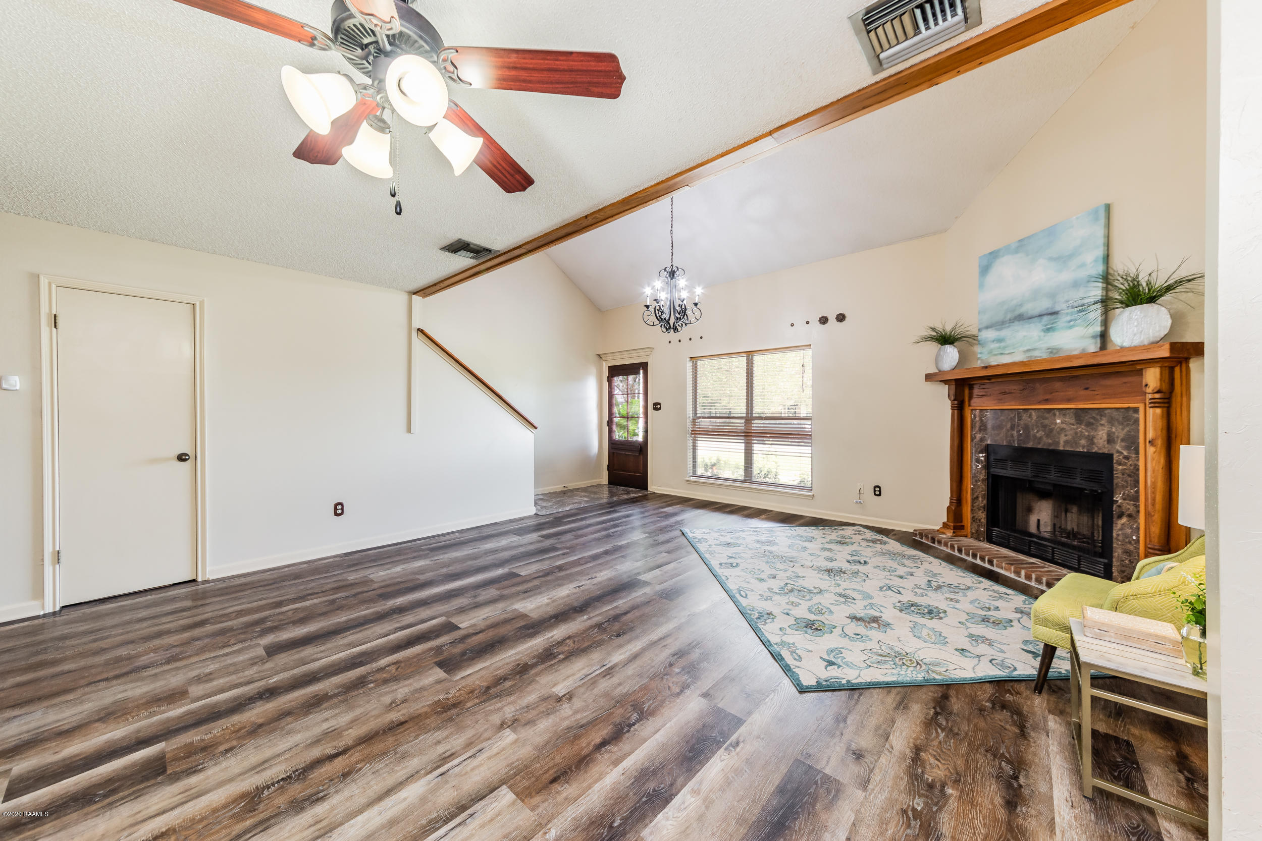 1008 Carriage Light Loop, Youngsville, LA 70592 Photo #5
