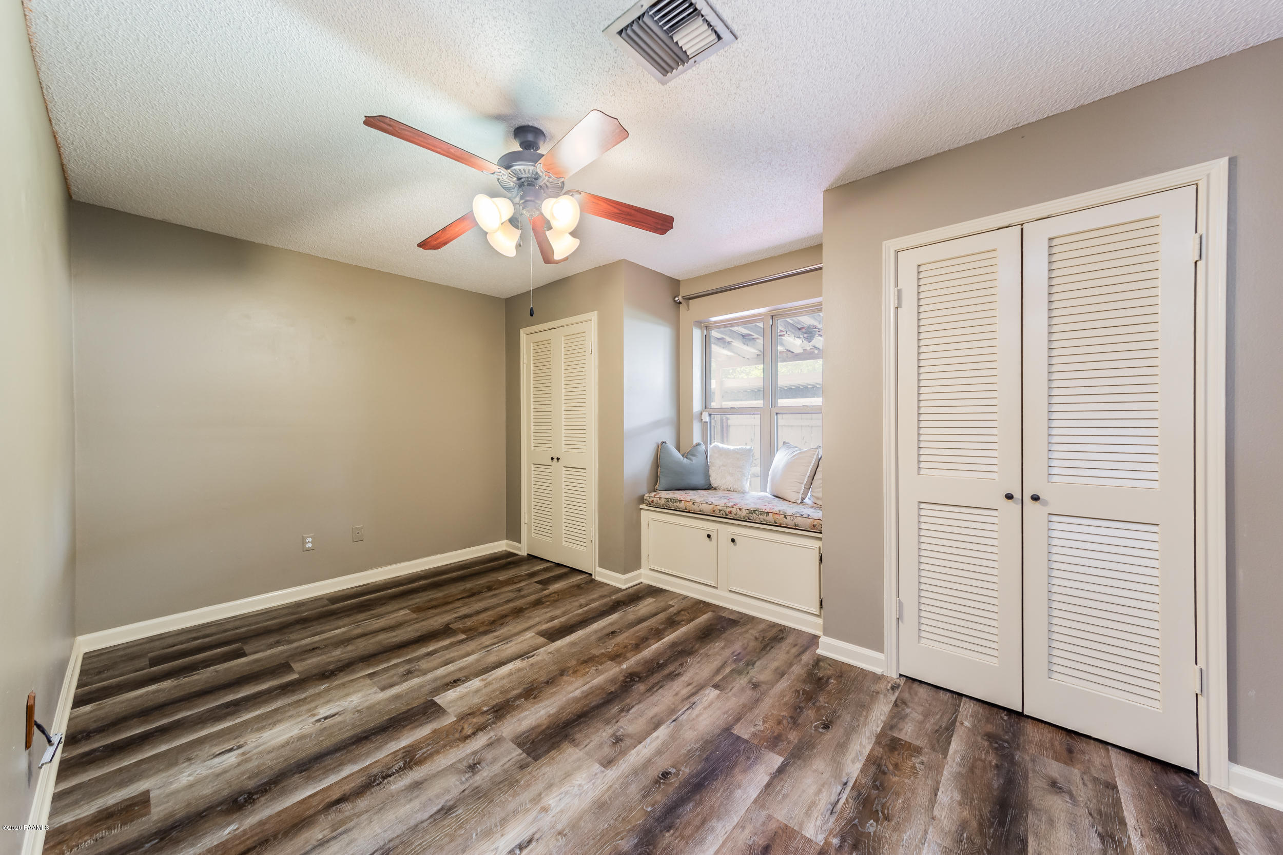 1008 Carriage Light Loop, Youngsville, LA 70592 Photo #10