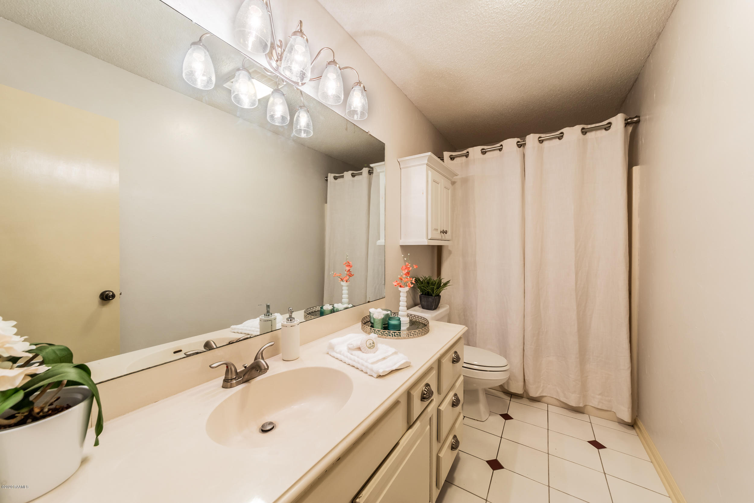 1008 Carriage Light Loop, Youngsville, LA 70592 Photo #12