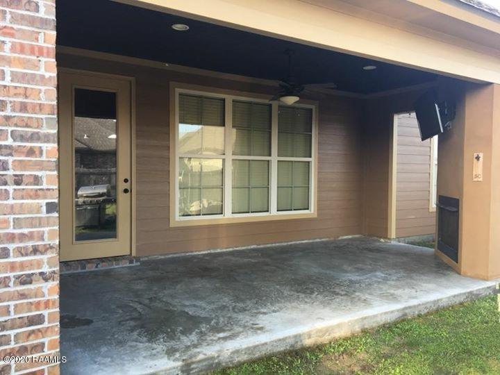 105 Scarlet Oak Drive, Carencro, LA 70520 Photo #2