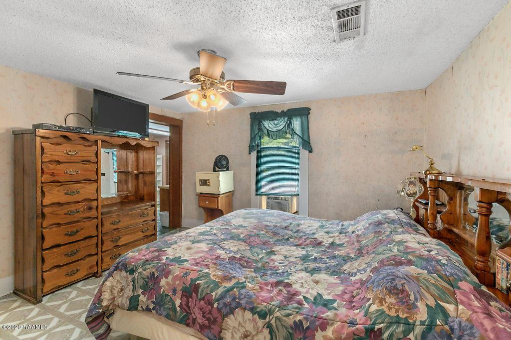 302 Louise Street N, Jennings, LA 70546 Photo #8
