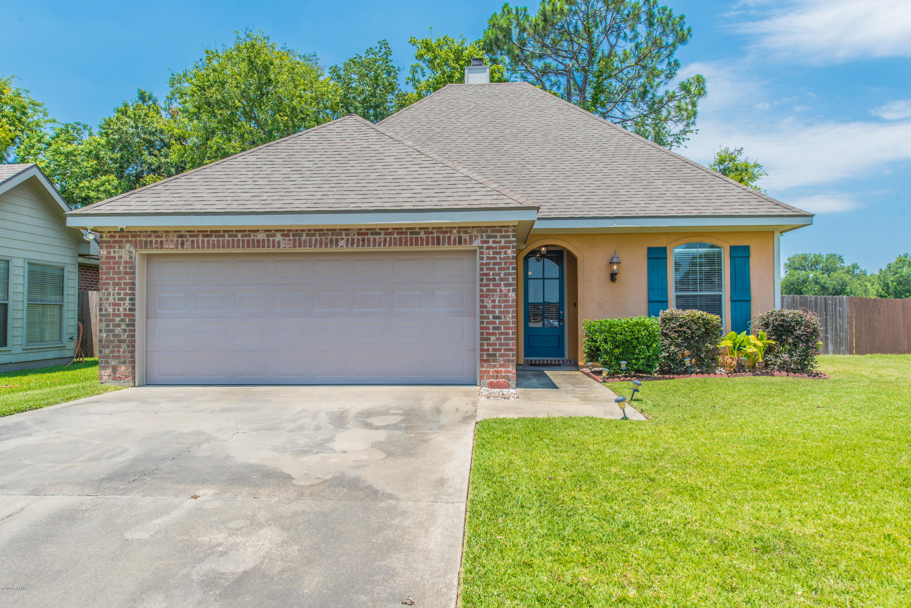 140 Country Village Drive, Youngsville, LA 70592
