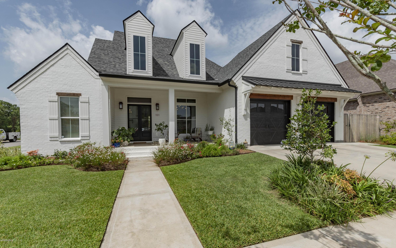 101 Bancroft Drive, Lafayette, LA 70508
