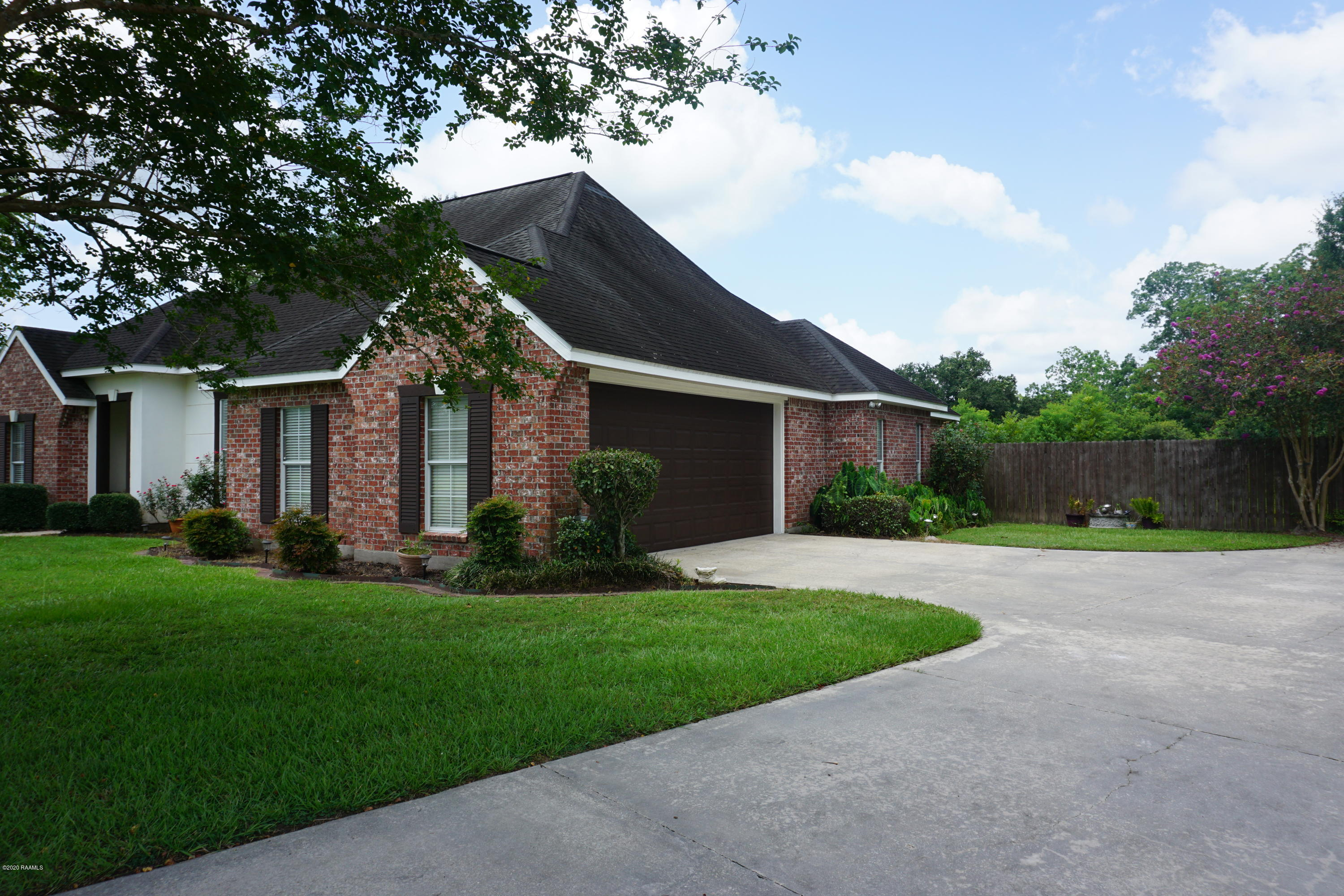 1042 Myrtle Bend, Breaux Bridge, LA 70517 Photo #2
