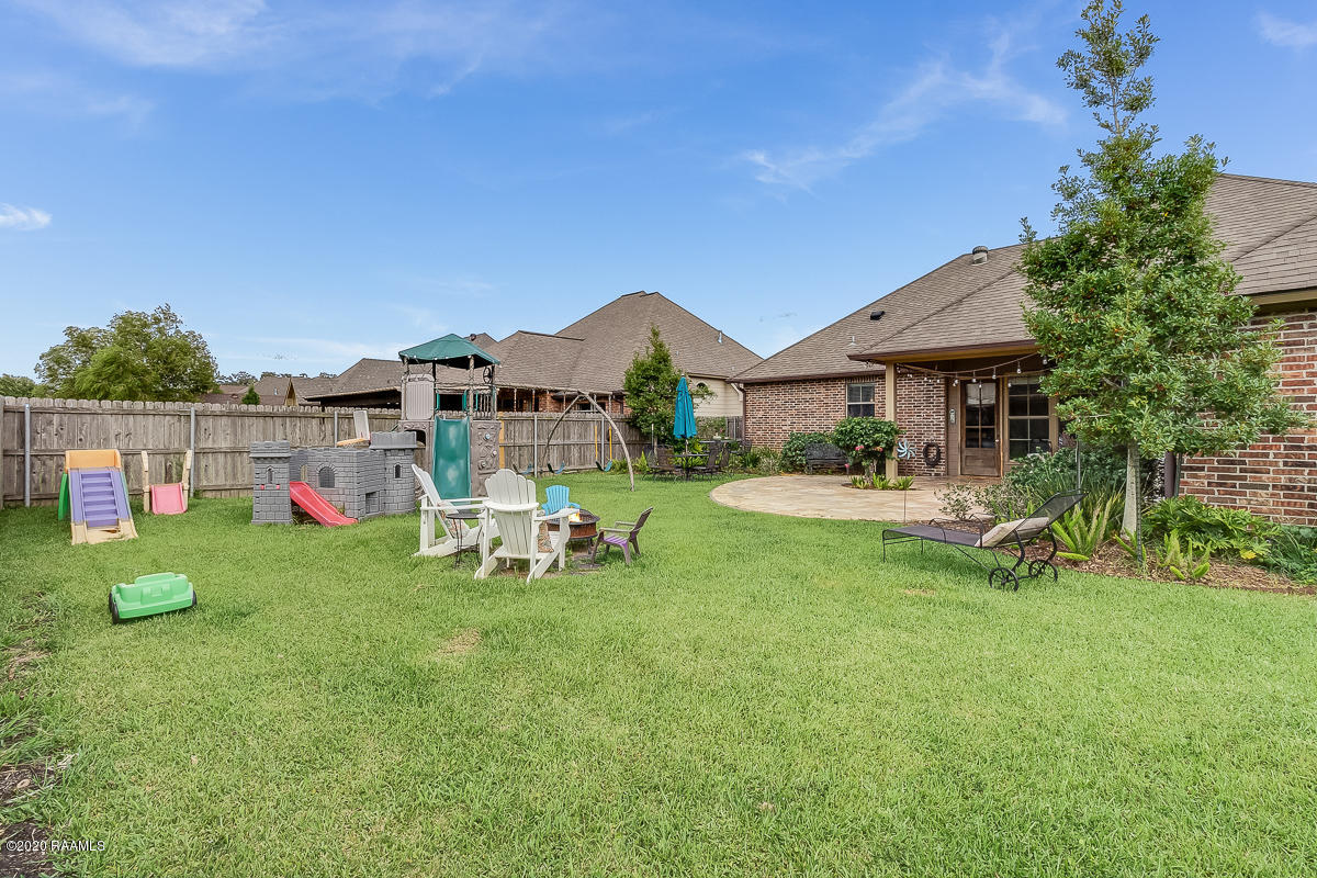 105 Spring View Drive, Youngsville, LA 70592 Photo #24