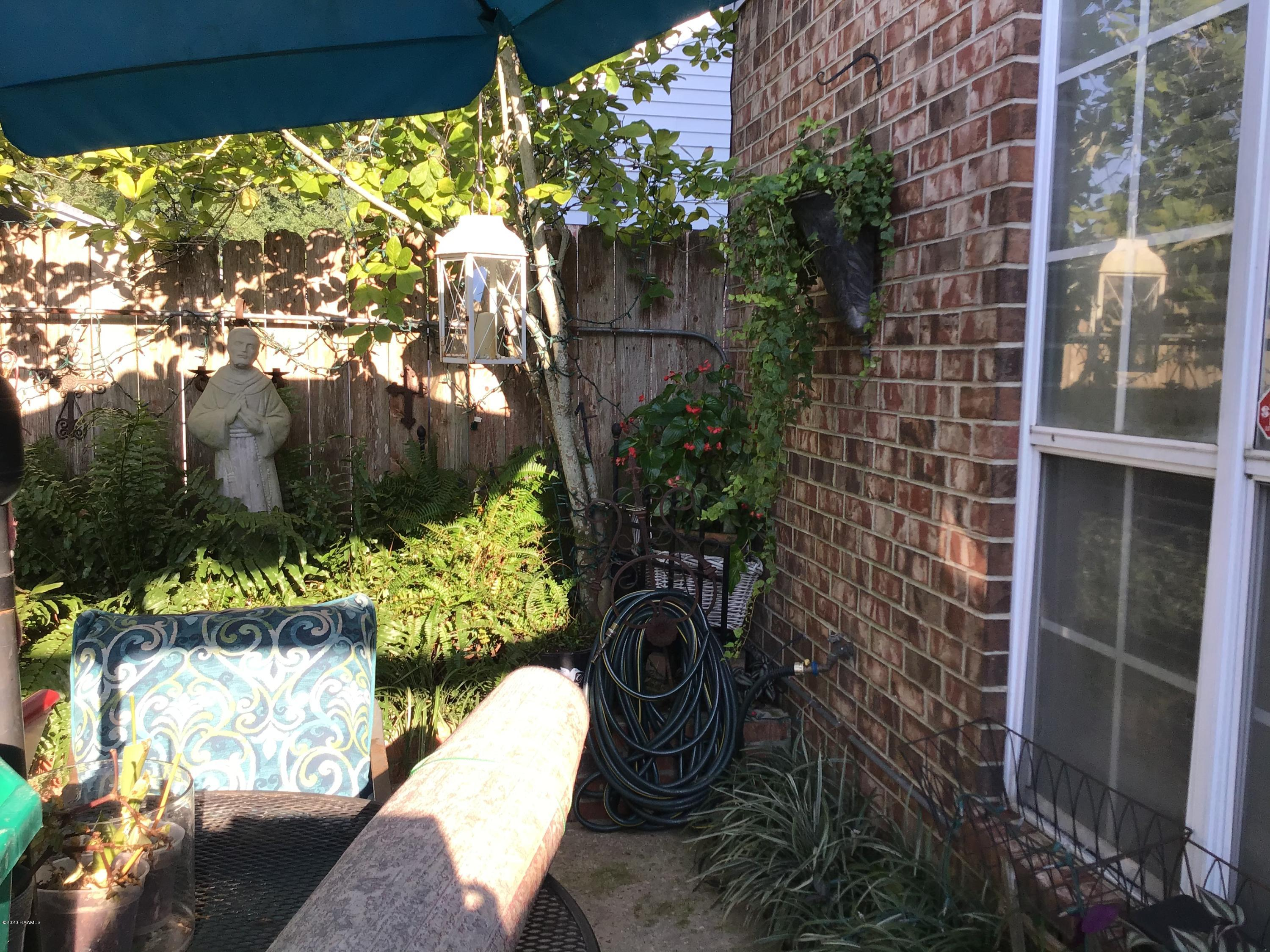 1203 Carriage Light Loop, Youngsville, LA 70592 Photo #15