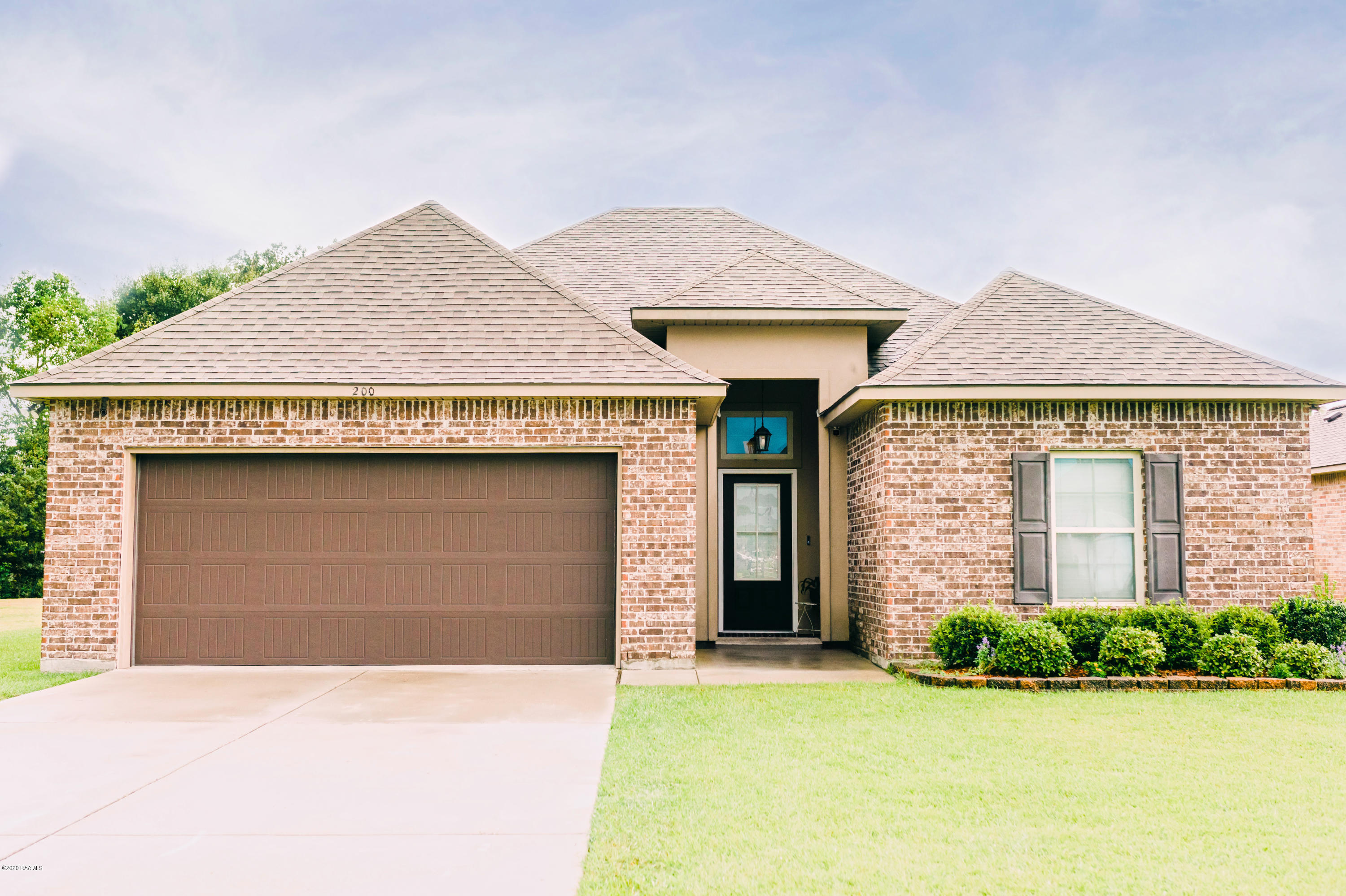 200 Teal Hollow Drive, Youngsville, LA 70592