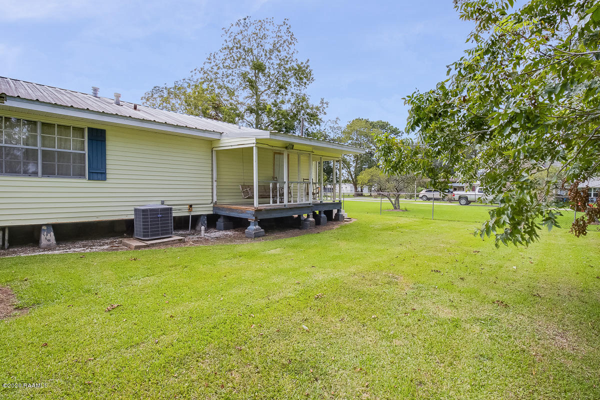 4715 Old Jeanerette Road, New Iberia, LA 70560 Photo #3