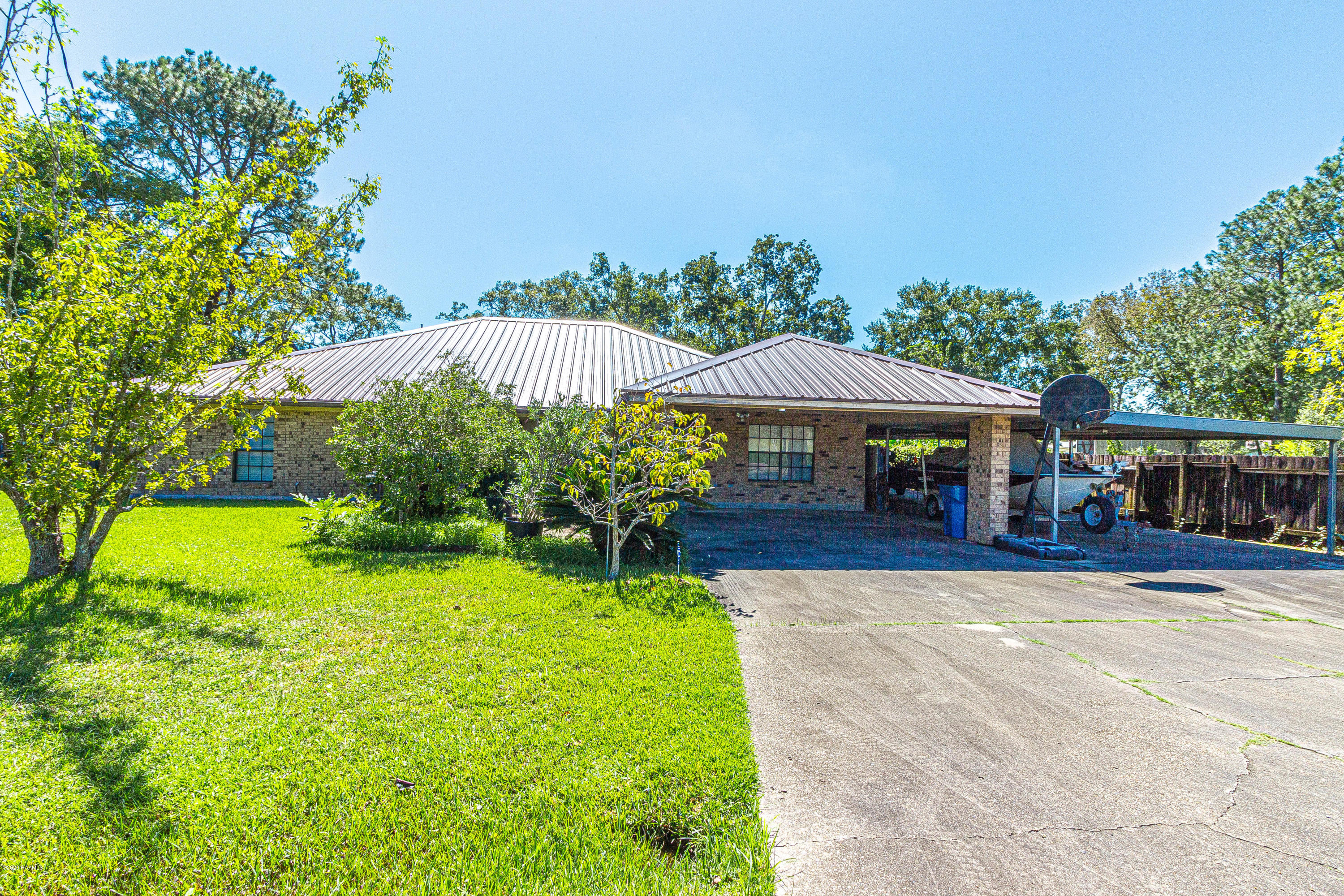 140 Allister Road, Maurice, LA 70555