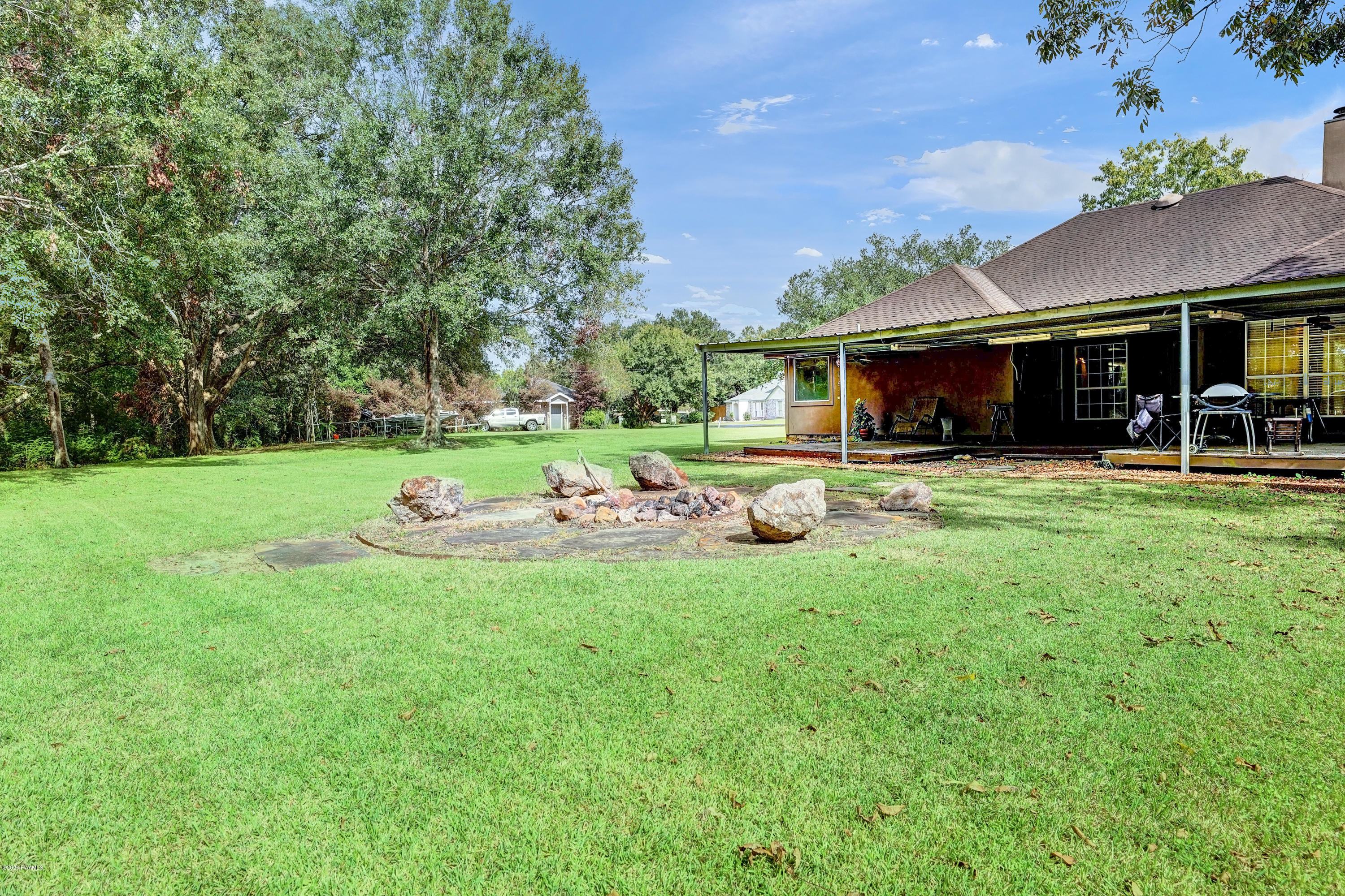 200 Olive Branch Drive, Youngsville, LA 70592 Photo #23