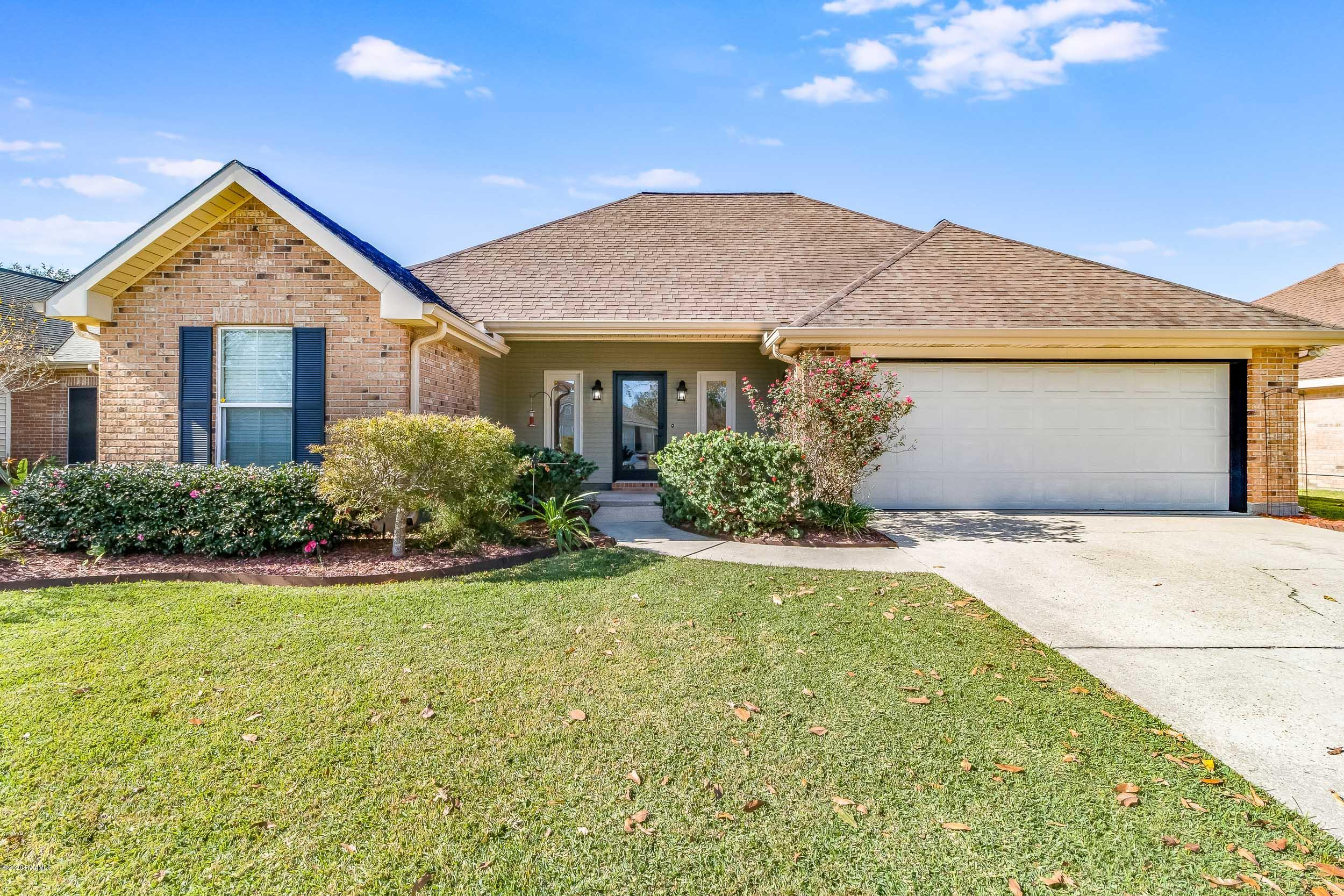 309 Wallingsford Circle, Youngsville, LA 70592
