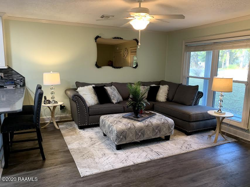 101 Betsy Ross Drive, Youngsville, LA 70592 Photo #2