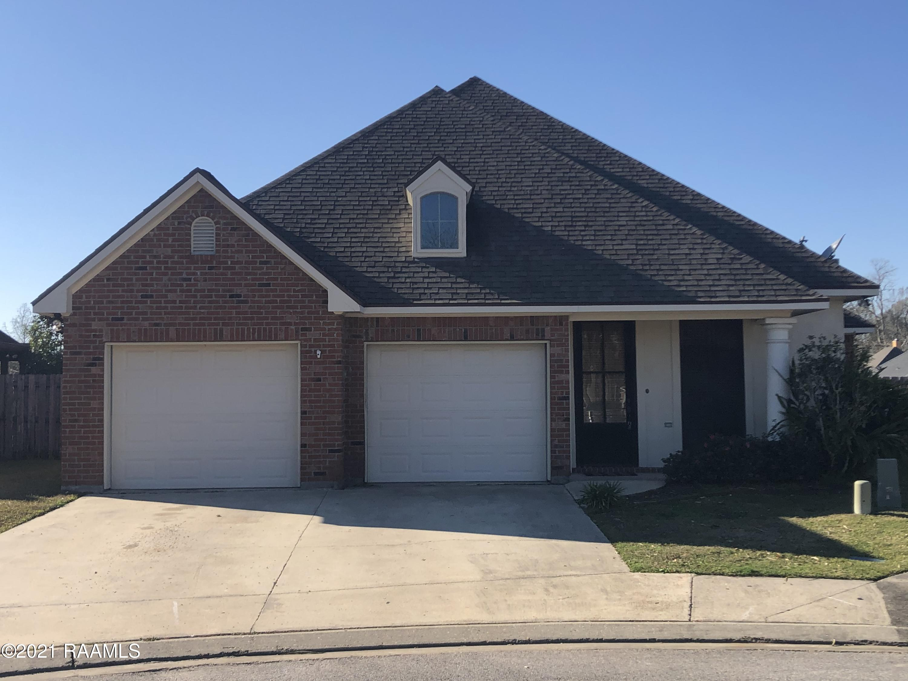 109 Lighthouse Point Circle, Youngsville, LA 70592 Photo #1
