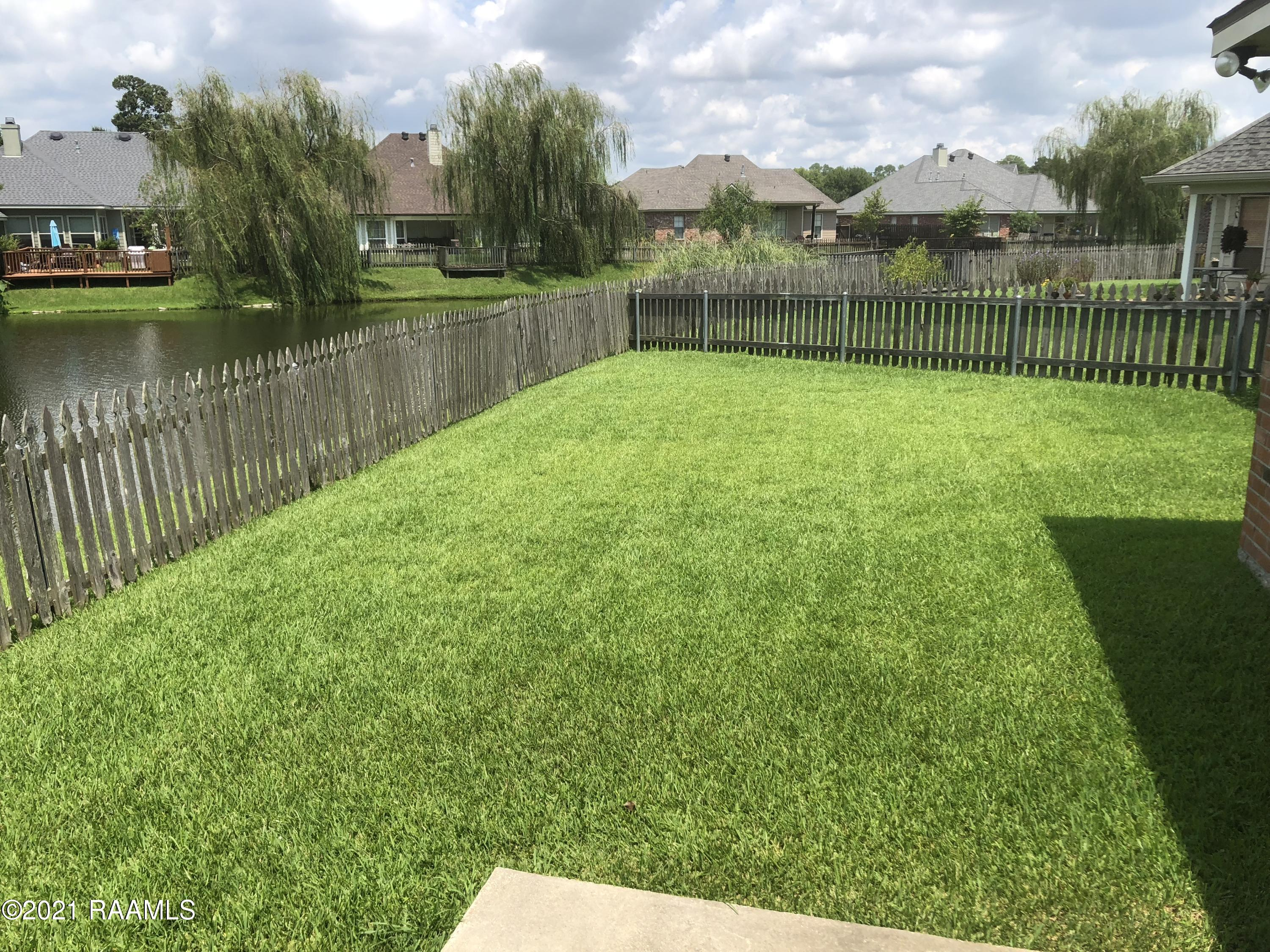 109 Lighthouse Point Circle, Youngsville, LA 70592 Photo #22