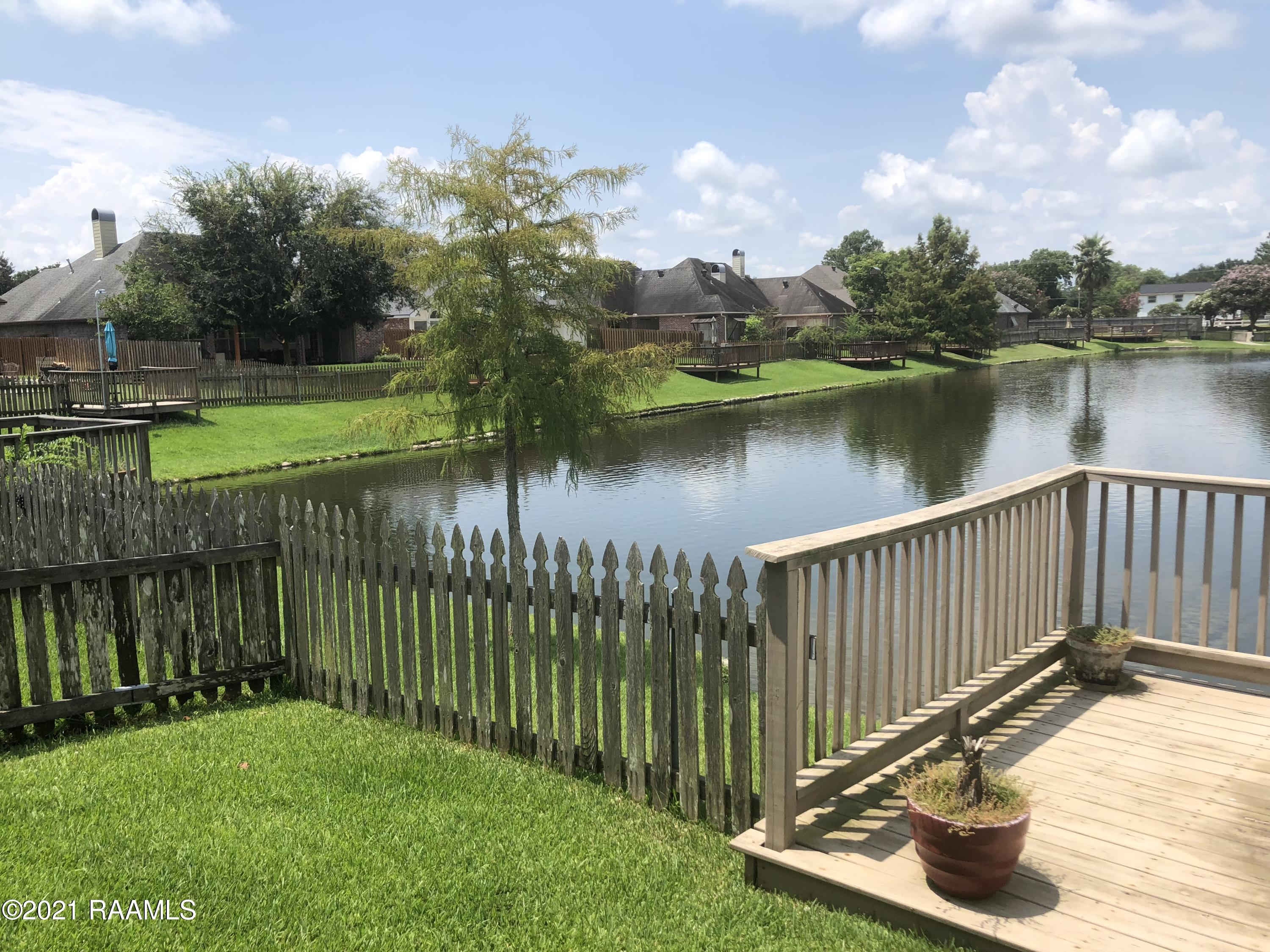 109 Lighthouse Point Circle, Youngsville, LA 70592 Photo #23