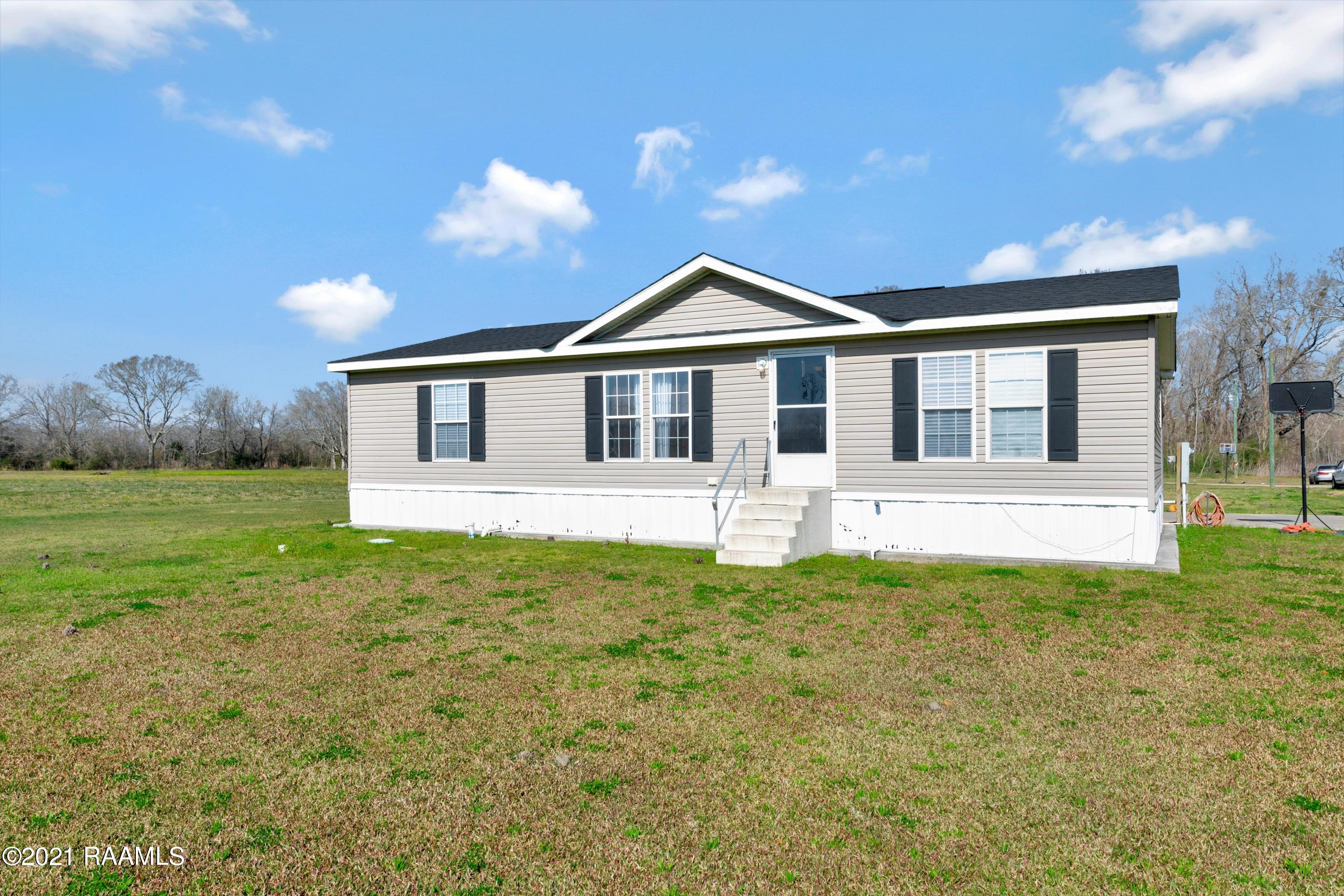 1141d Sam Champagne Road, Breaux Bridge, LA 70517 Photo #2