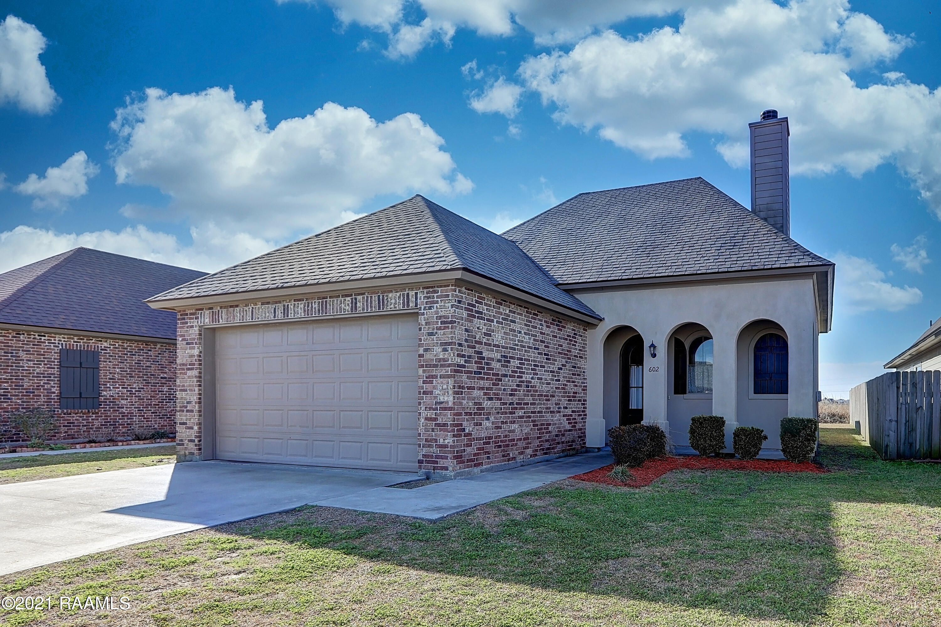 602 Highland View Drive, Youngsville, LA 70592