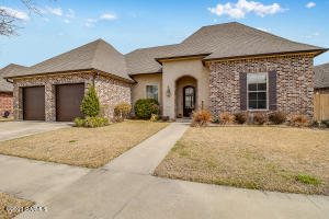 111 Captain Rick Drive, Youngsville, LA 70592
