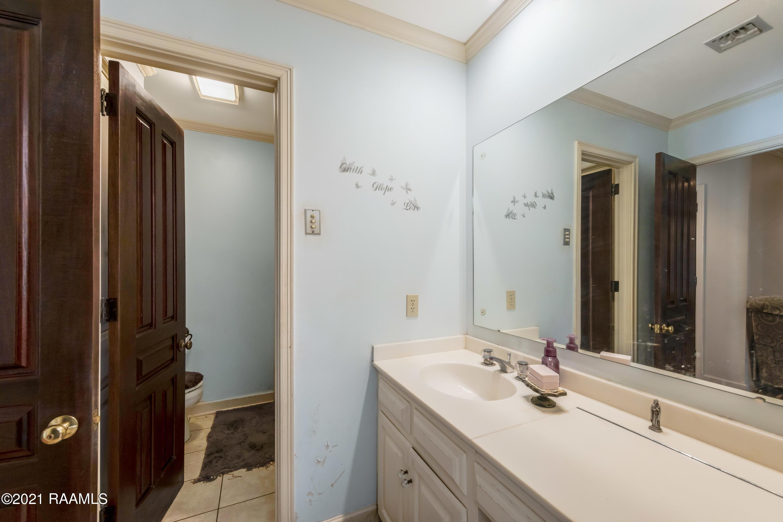 107 Crescent Ridge Place, Lafayette, LA 70503 Photo #33