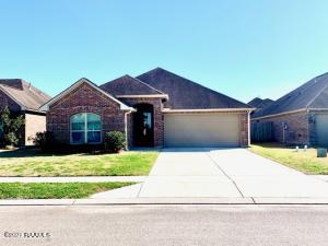 226 Forest Grove Drive, Youngsville, LA 70592