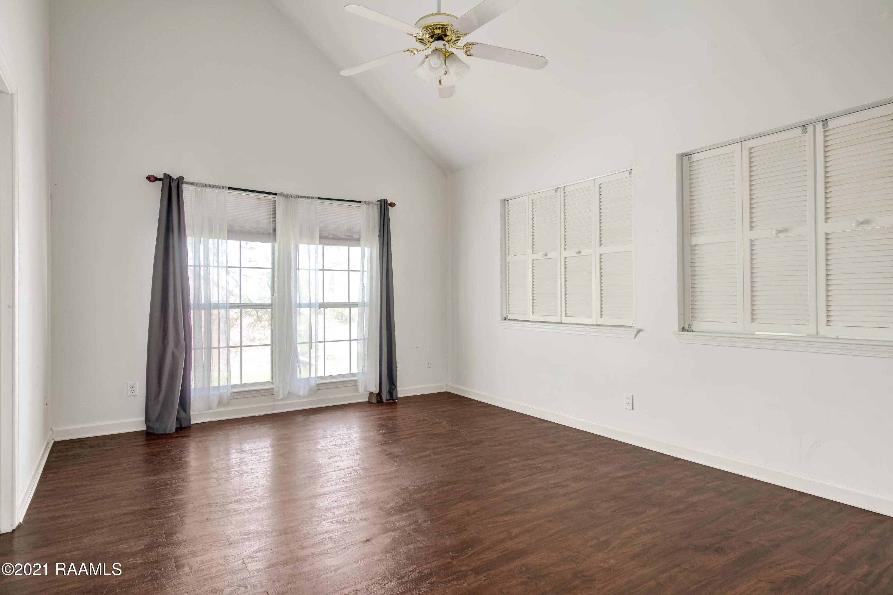 700 Carriage Light Loop, Youngsville, LA 70592 Photo #16