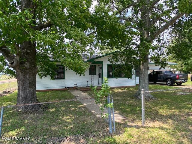 724 Dr Carver Street, Ville Platte, LA 70586 Photo #2