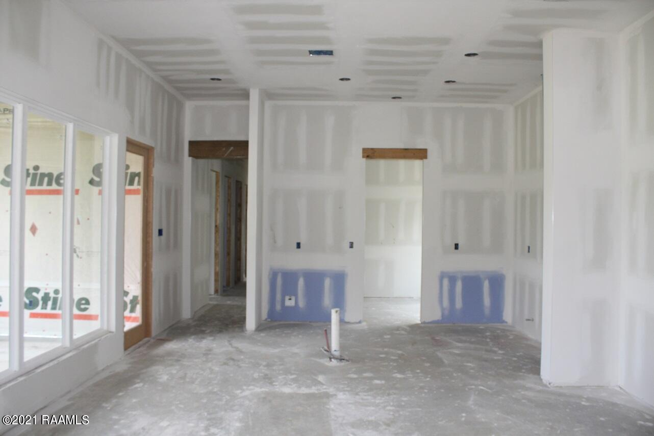 303 Manor House, Lafayette, LA 70507 Photo #4
