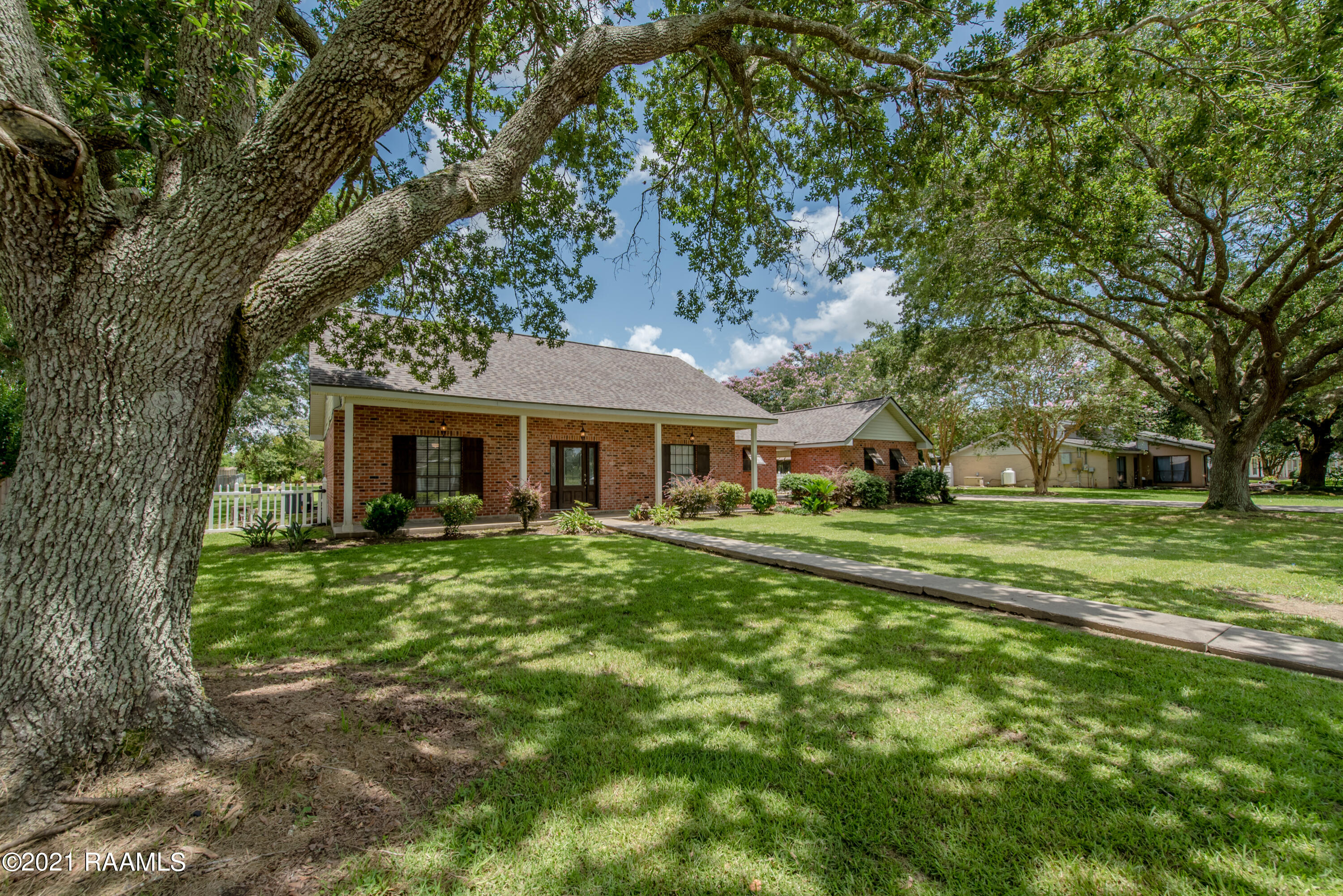 116 Countryview Drive, Youngsville, LA 70592 Photo #2