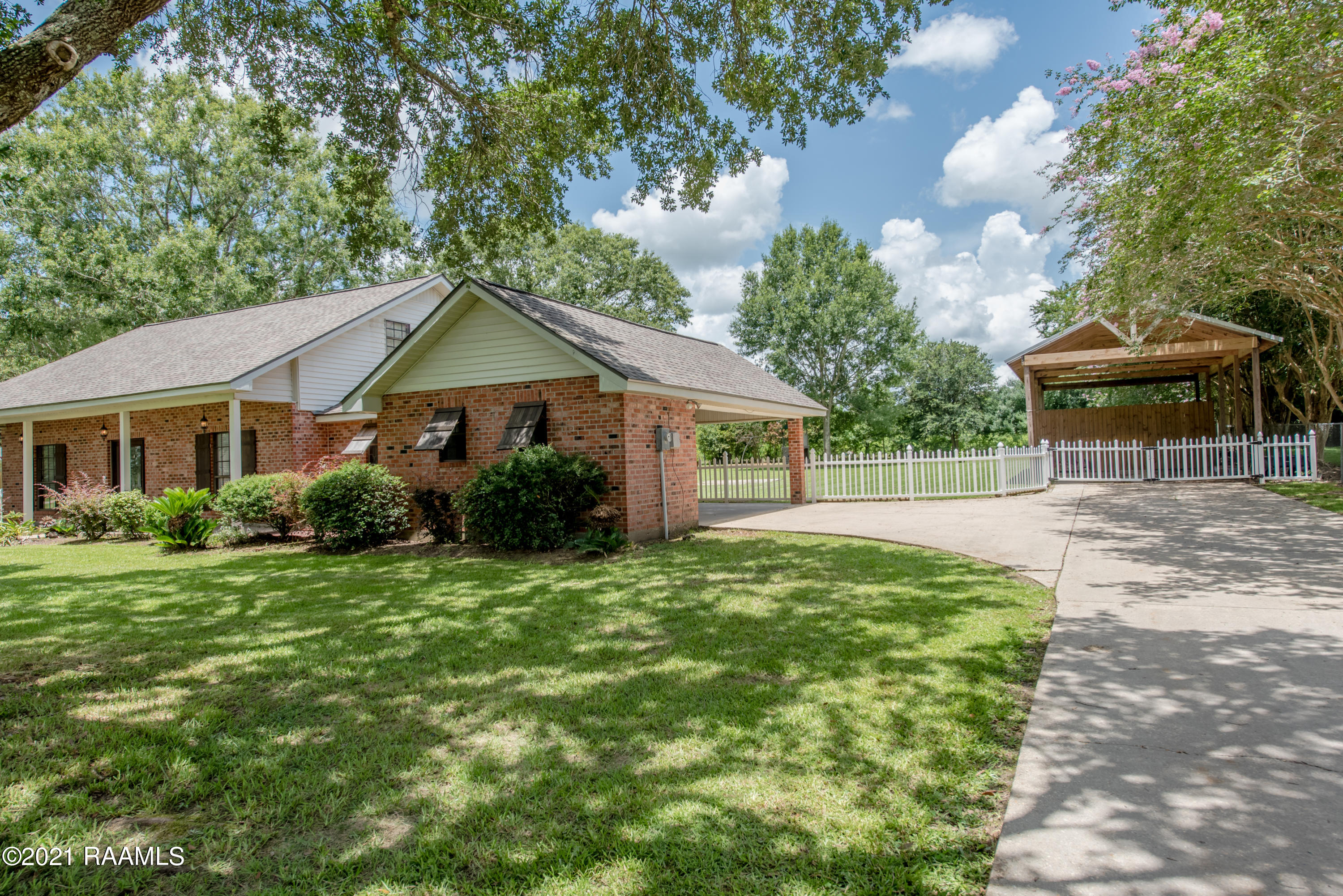 116 Countryview Drive, Youngsville, LA 70592 Photo #3