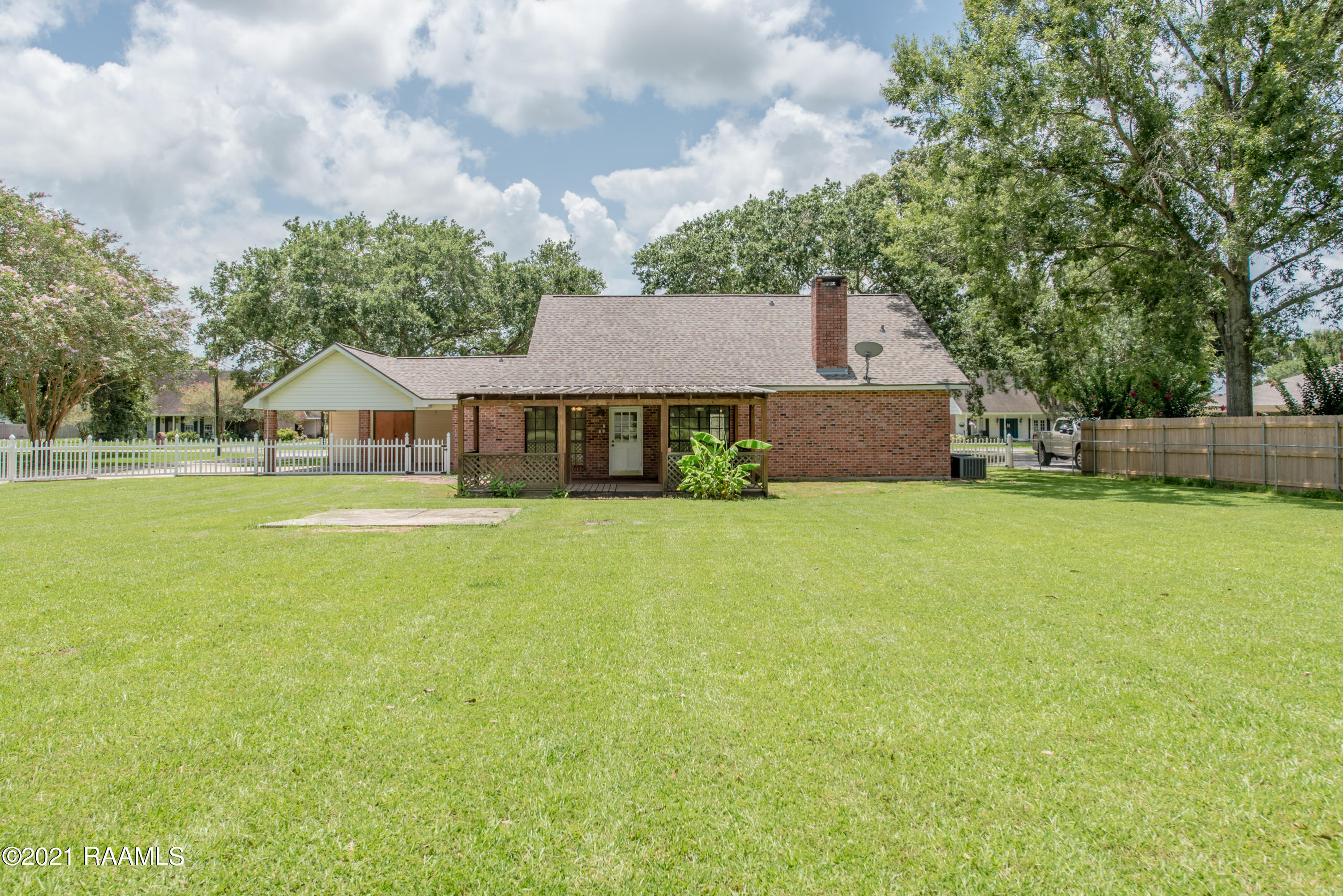116 Countryview Drive, Youngsville, LA 70592 Photo #8