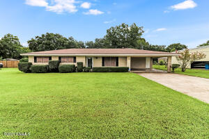 615 Chemin Metairie Road, Youngsville, LA 70592