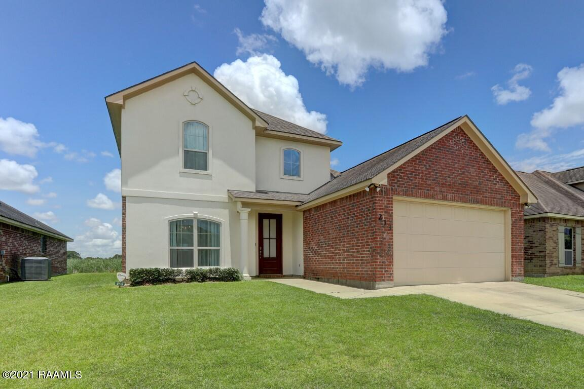 213 Forest Grove Drive, Youngsville, LA 70592